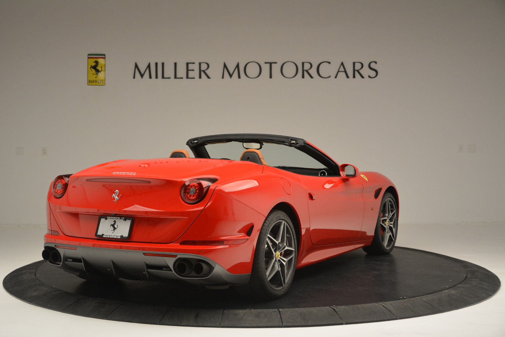 Used 2016 Ferrari California T Handling Speciale For Sale In Greenwich, CT 2298_p7
