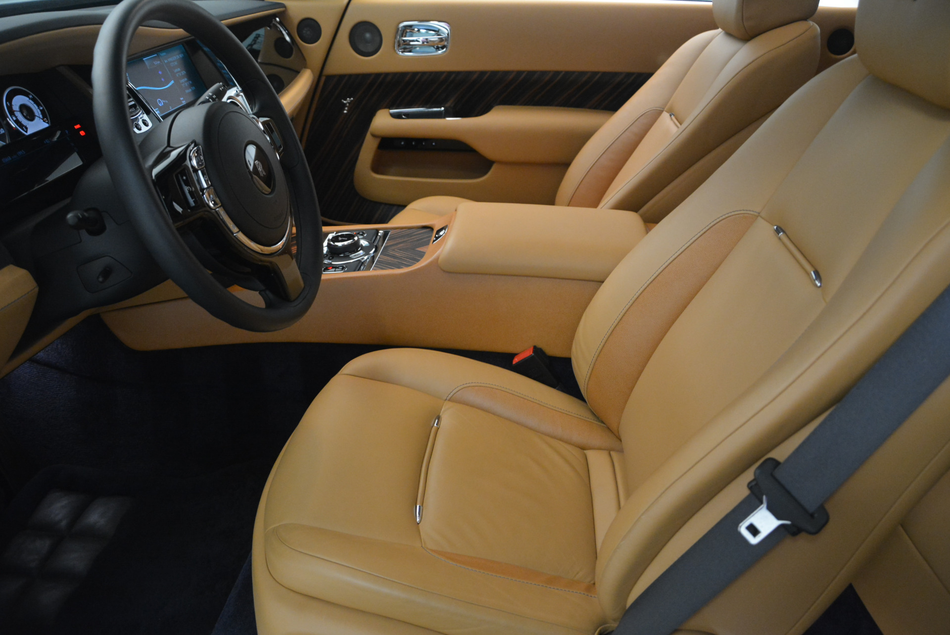 Used 2014 Rolls-Royce Wraith  For Sale In Greenwich, CT 2305_p21