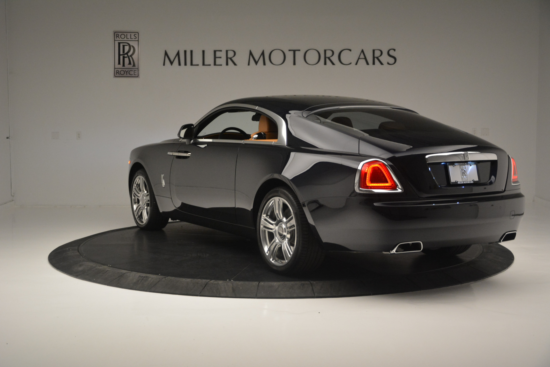Used 2014 Rolls-Royce Wraith  For Sale In Greenwich, CT 2305_p5