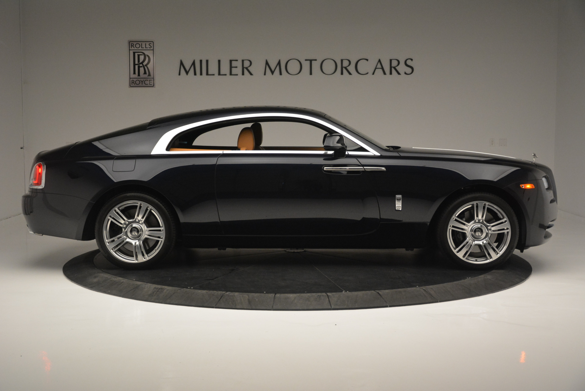 Used 2014 Rolls-Royce Wraith  For Sale In Greenwich, CT 2305_p9