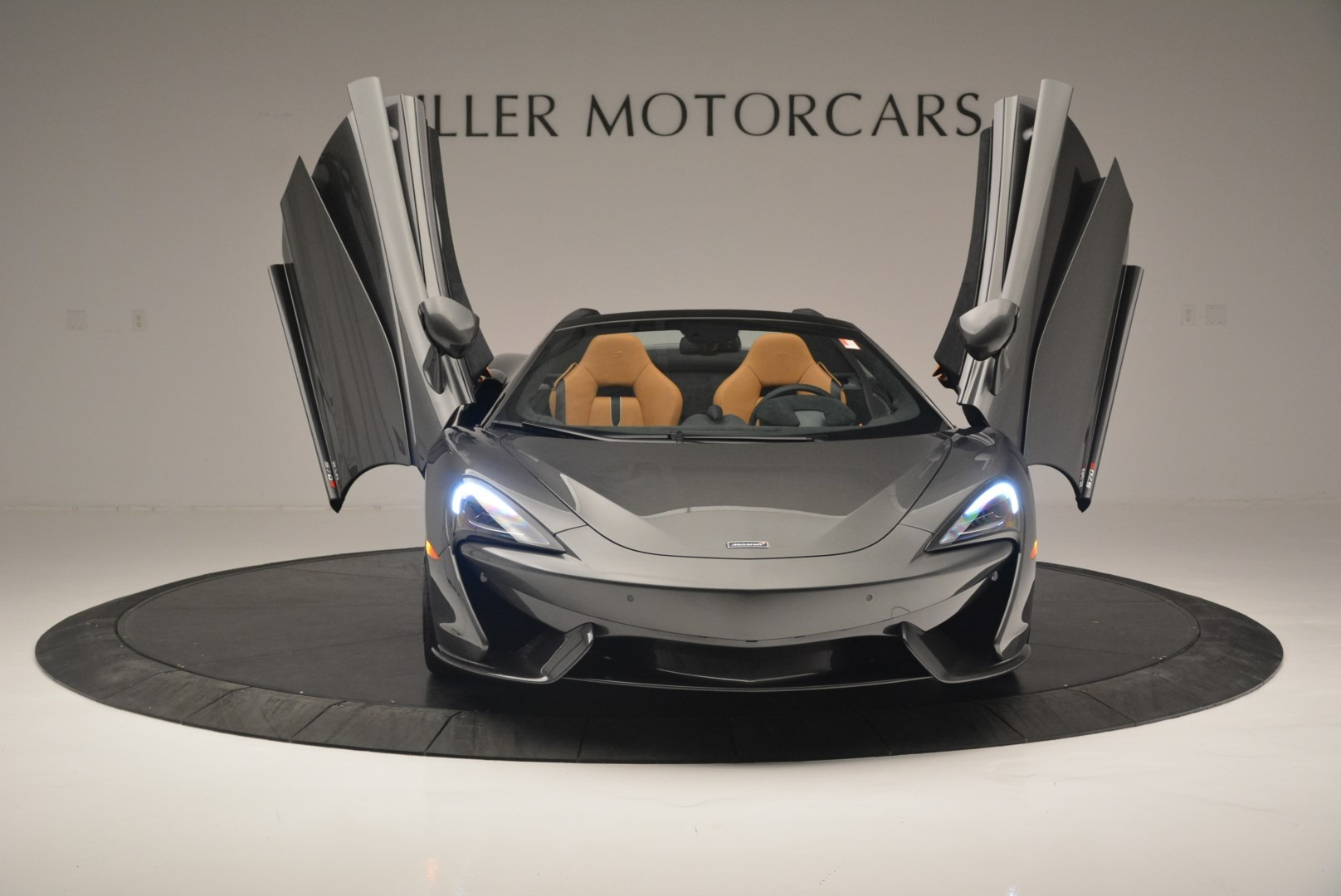 Used 2018 McLaren 570S Spider For Sale In Greenwich, CT 2308_p13