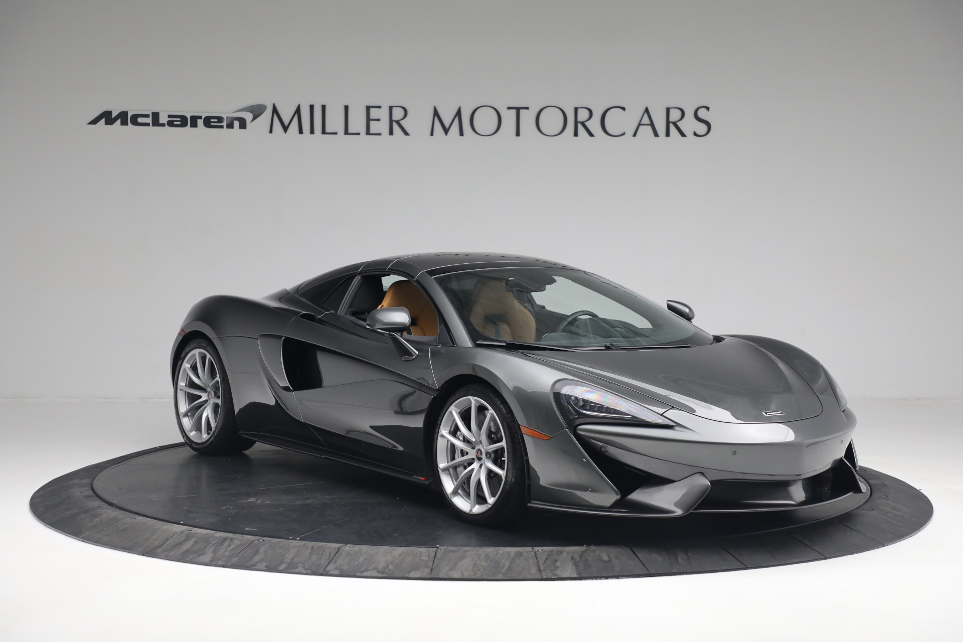 Used 2018 McLaren 570S Spider For Sale In Greenwich, CT 2308_p14