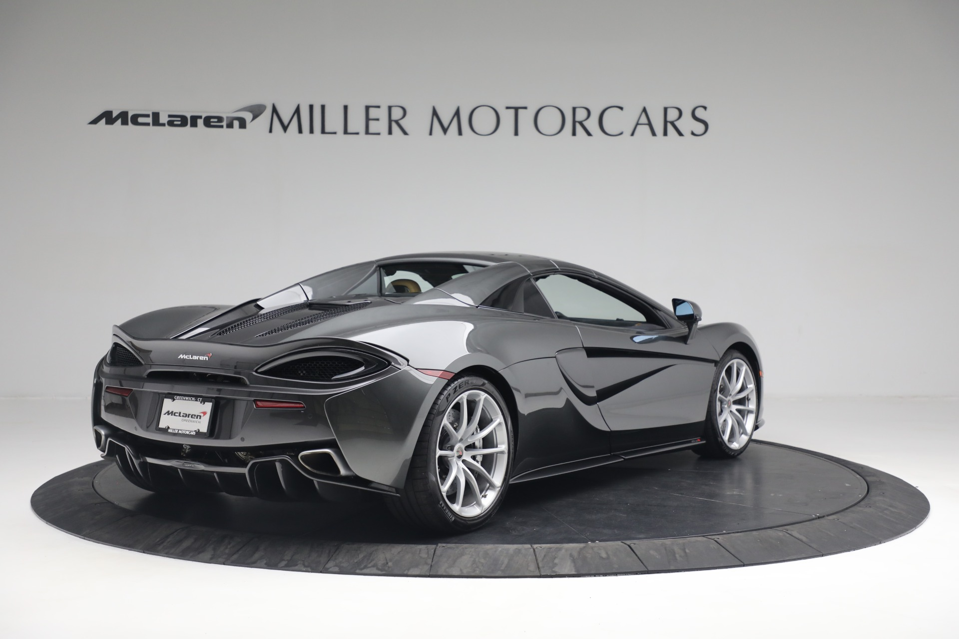 Used 2018 McLaren 570S Spider For Sale In Greenwich, CT 2308_p16