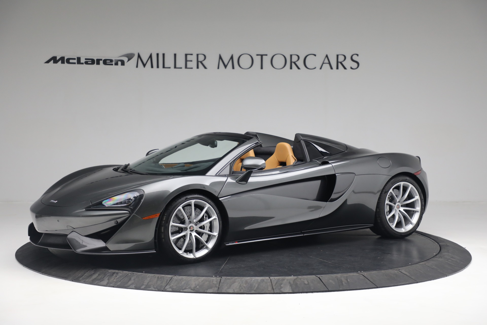 Used 2018 McLaren 570S Spider For Sale In Greenwich, CT 2308_p2
