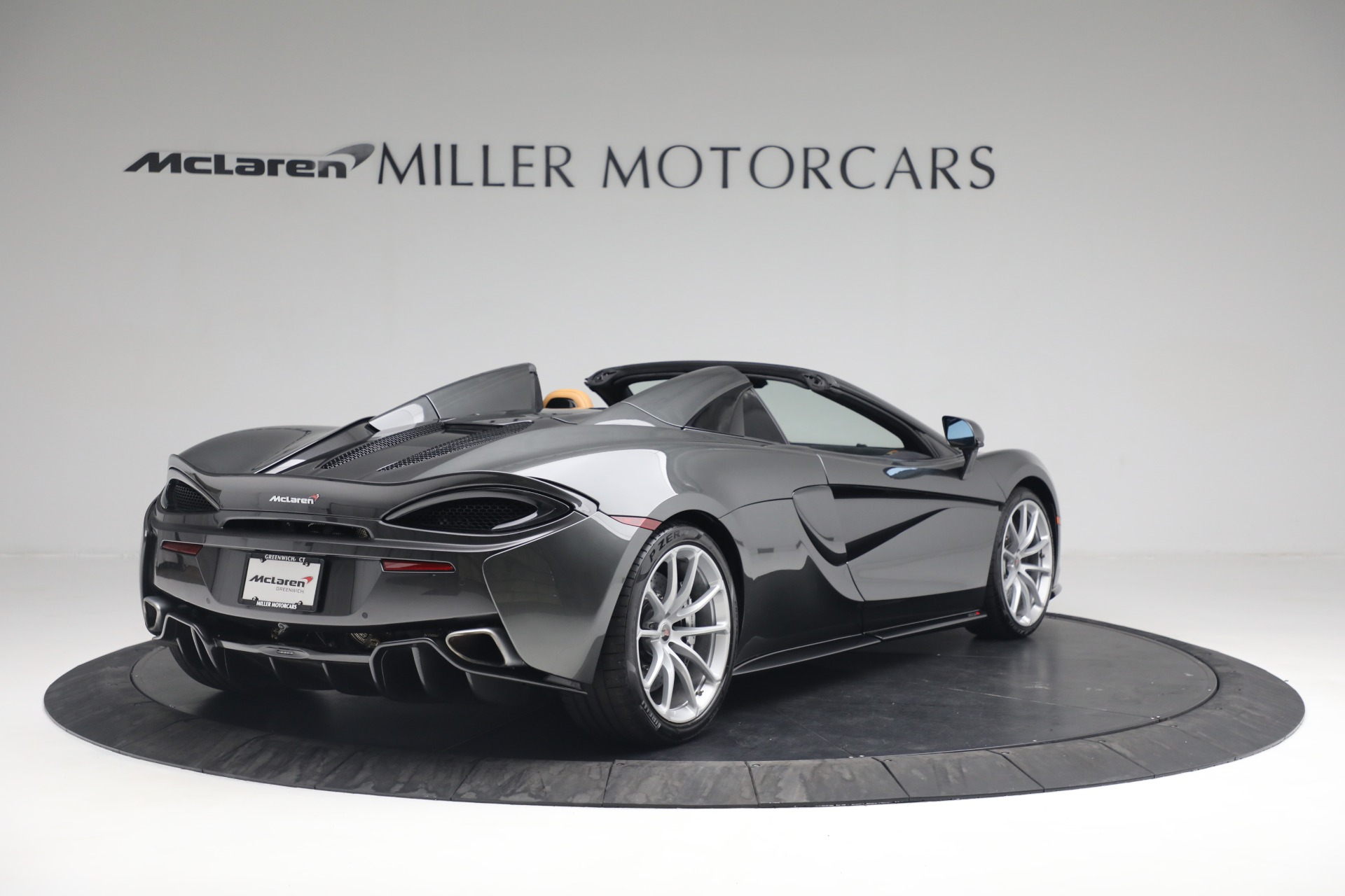 Used 2018 McLaren 570S Spider For Sale In Greenwich, CT 2308_p7