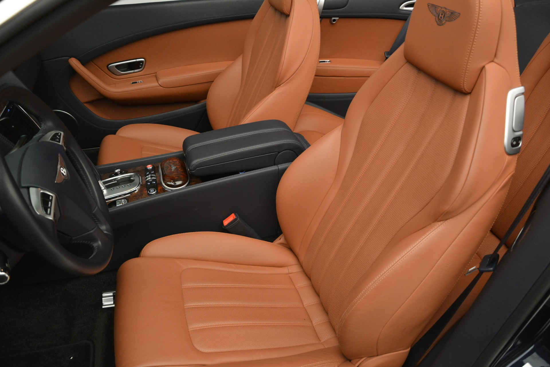 Used 2015 Bentley Continental GT V8 For Sale In Greenwich, CT 2310_p22
