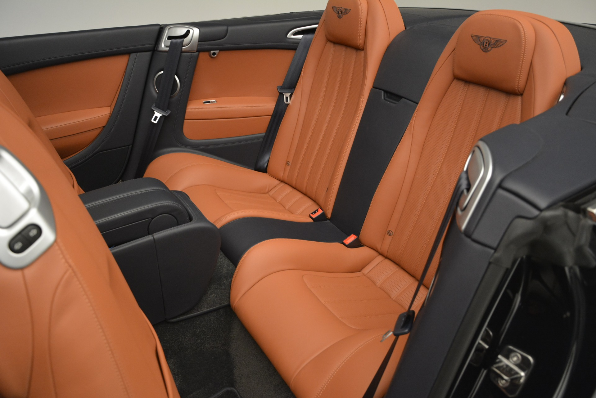 Used 2015 Bentley Continental GT V8 For Sale In Greenwich, CT 2310_p25
