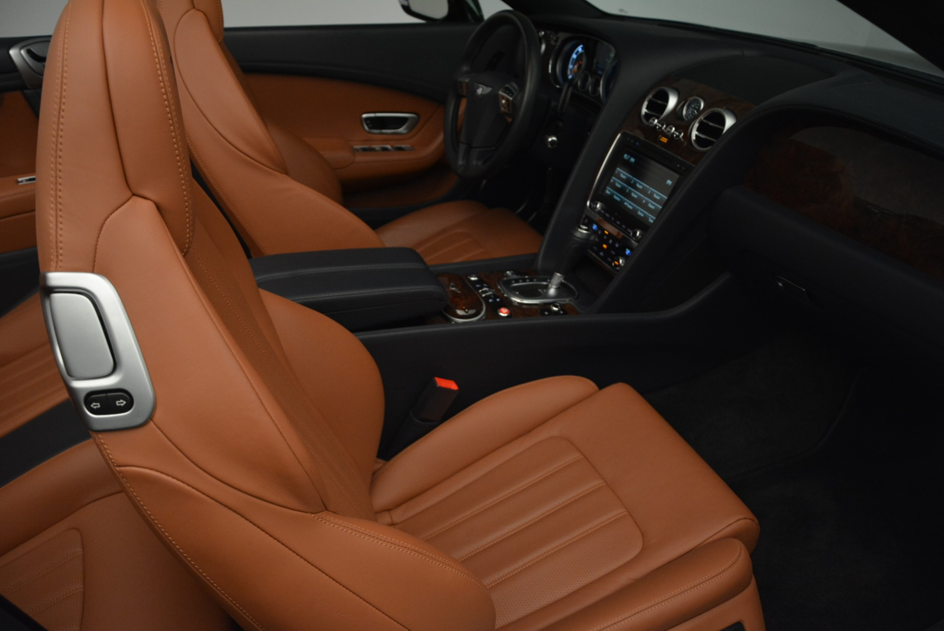 Used 2015 Bentley Continental GT V8 For Sale In Greenwich, CT 2310_p28