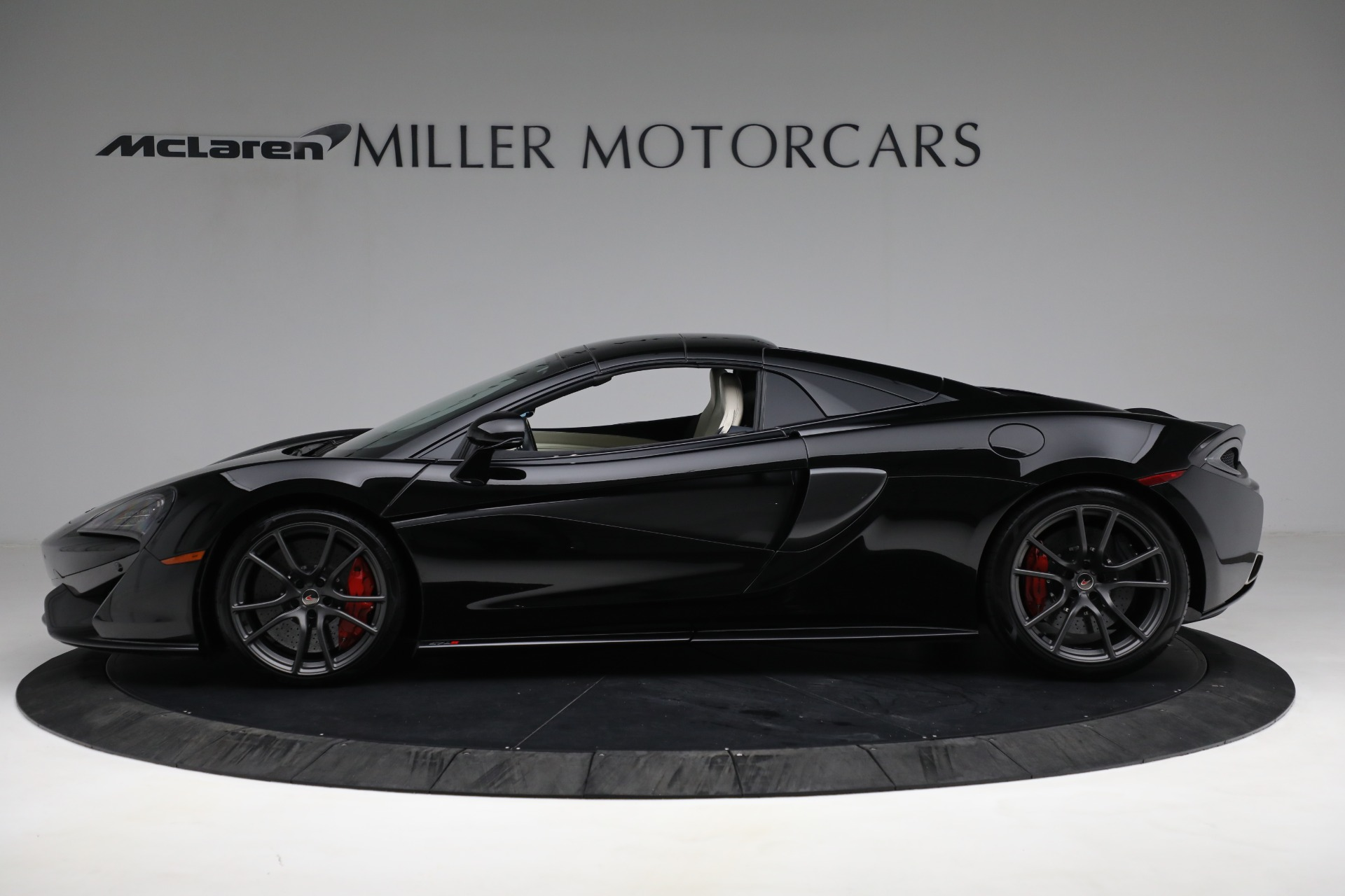 New 2018 McLaren 570S Spider For Sale In Greenwich, CT 2312_p15