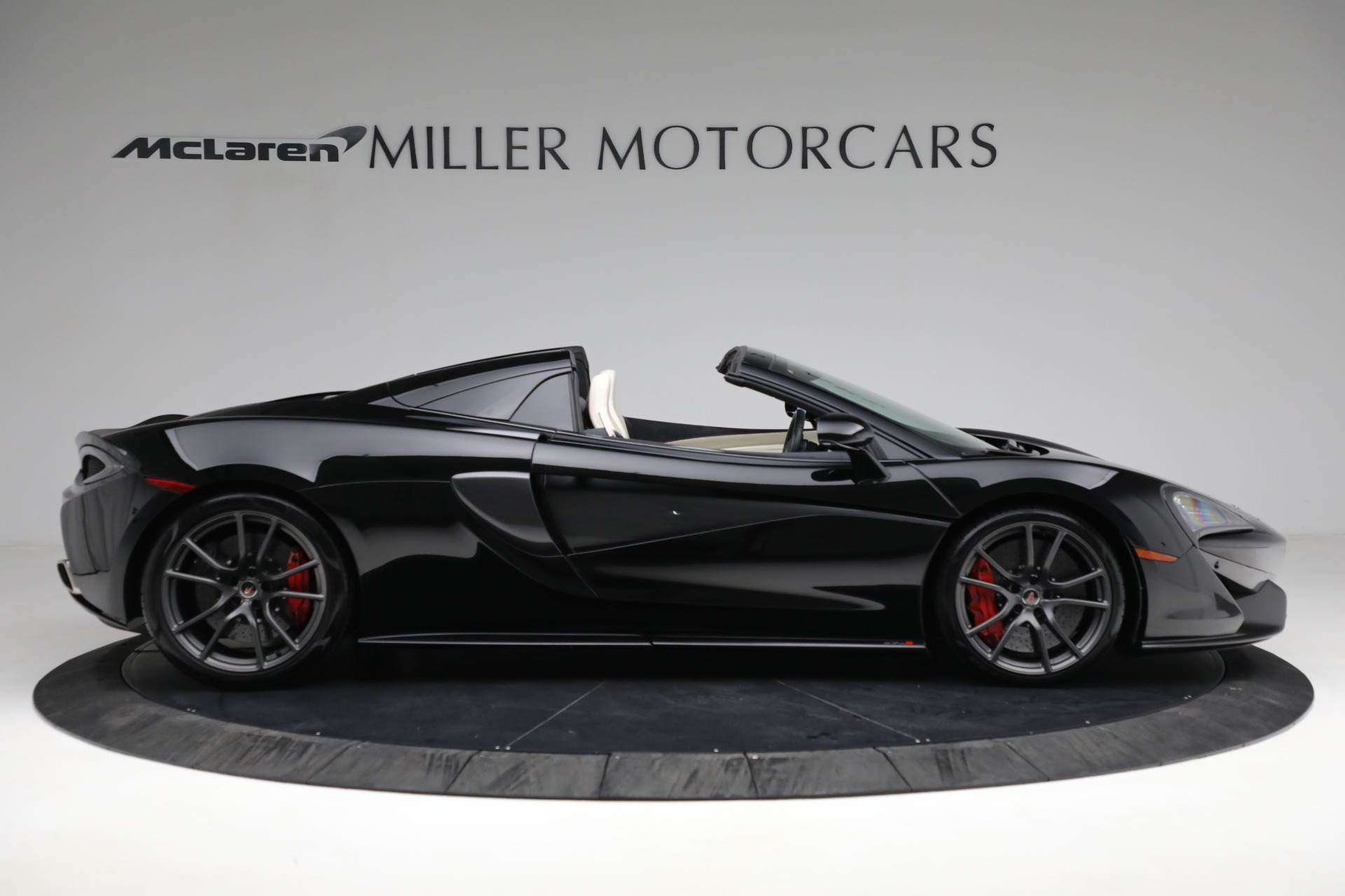 New 2018 McLaren 570S Spider For Sale In Greenwich, CT 2312_p9
