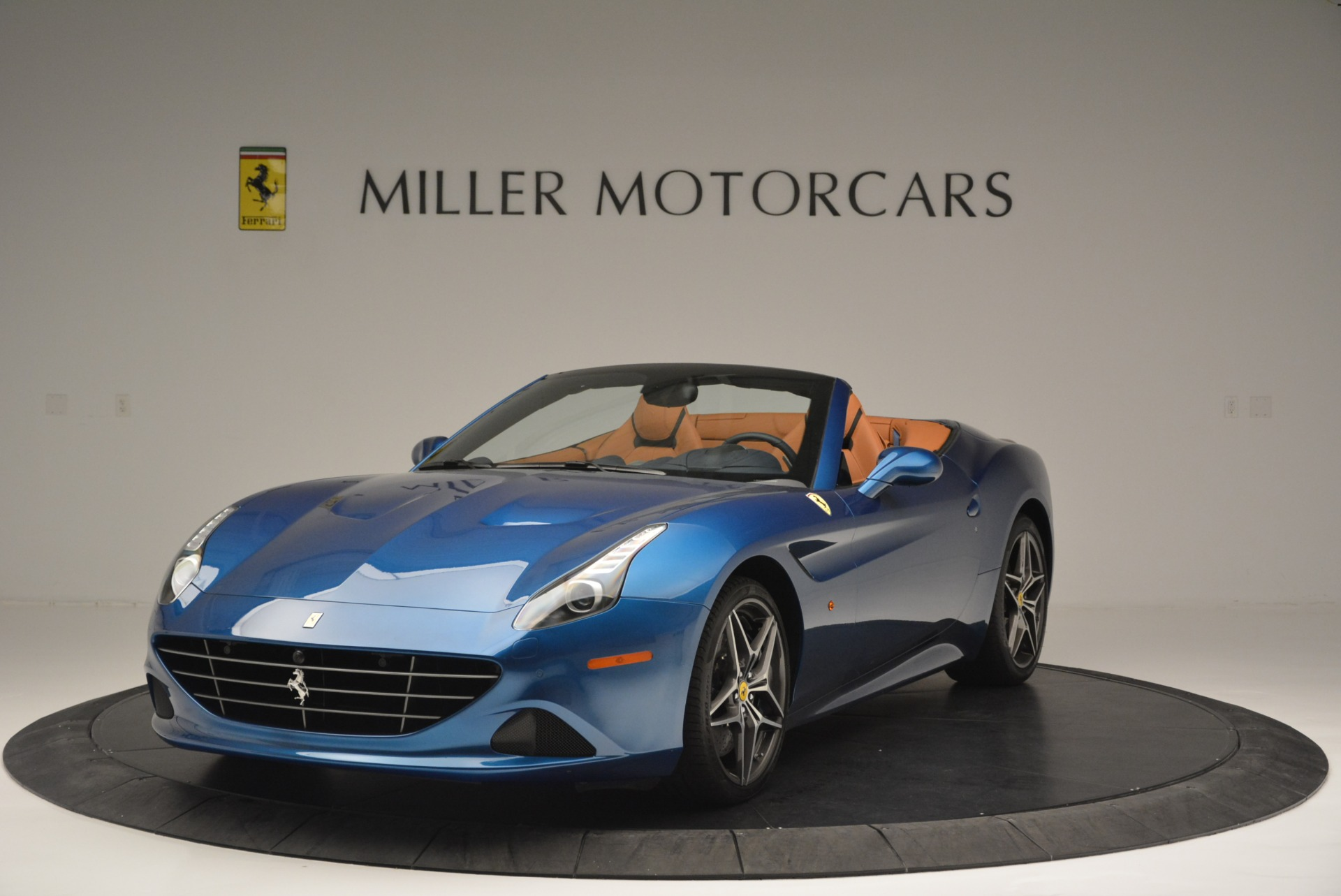 Used 2017 Ferrari California T Handling Speciale For Sale In Greenwich, CT 2313_main