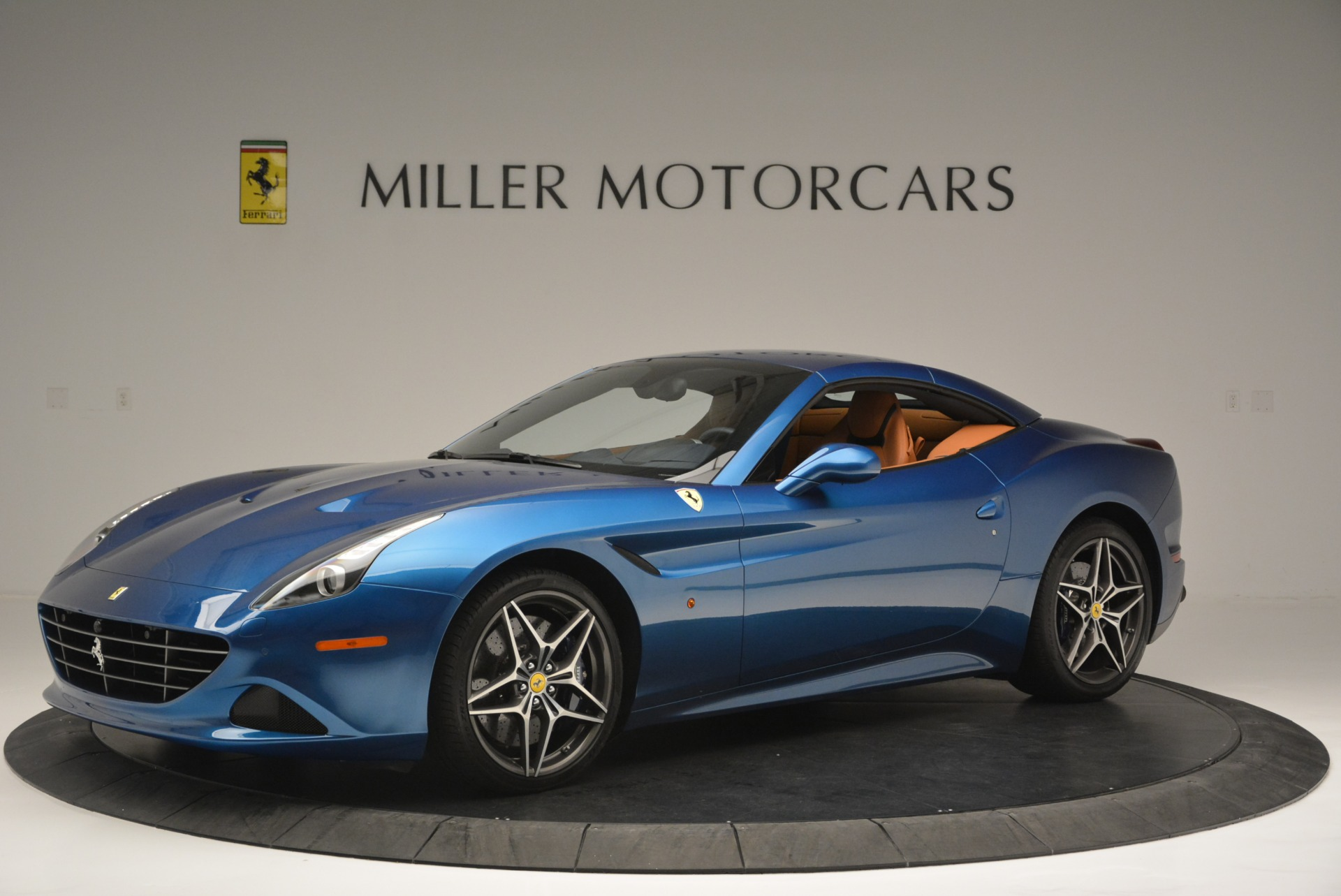 Used 2017 Ferrari California T Handling Speciale For Sale In Greenwich, CT 2313_p14