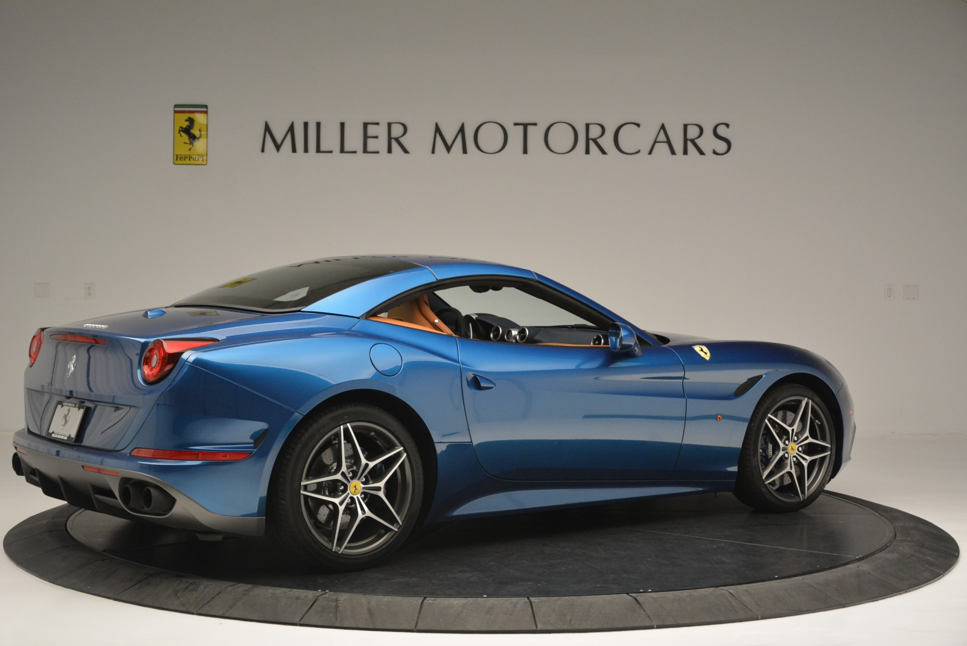 Used 2017 Ferrari California T Handling Speciale For Sale In Greenwich, CT 2313_p20
