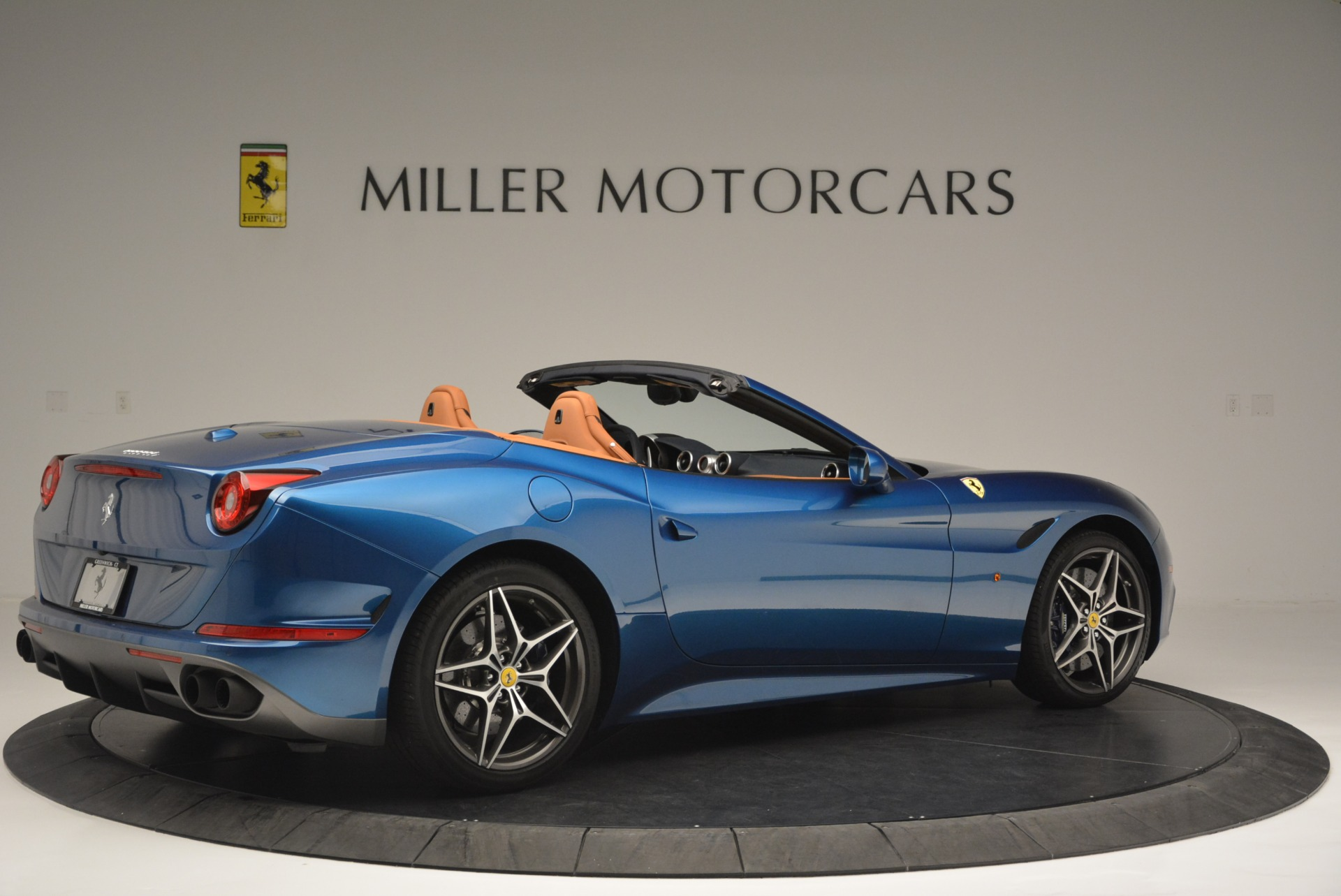 Used 2017 Ferrari California T Handling Speciale For Sale In Greenwich, CT 2313_p8