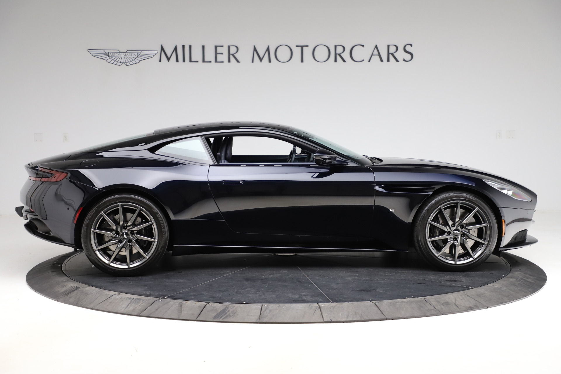 Used 2017 Aston Martin DB11  For Sale In Greenwich, CT 2317_p7