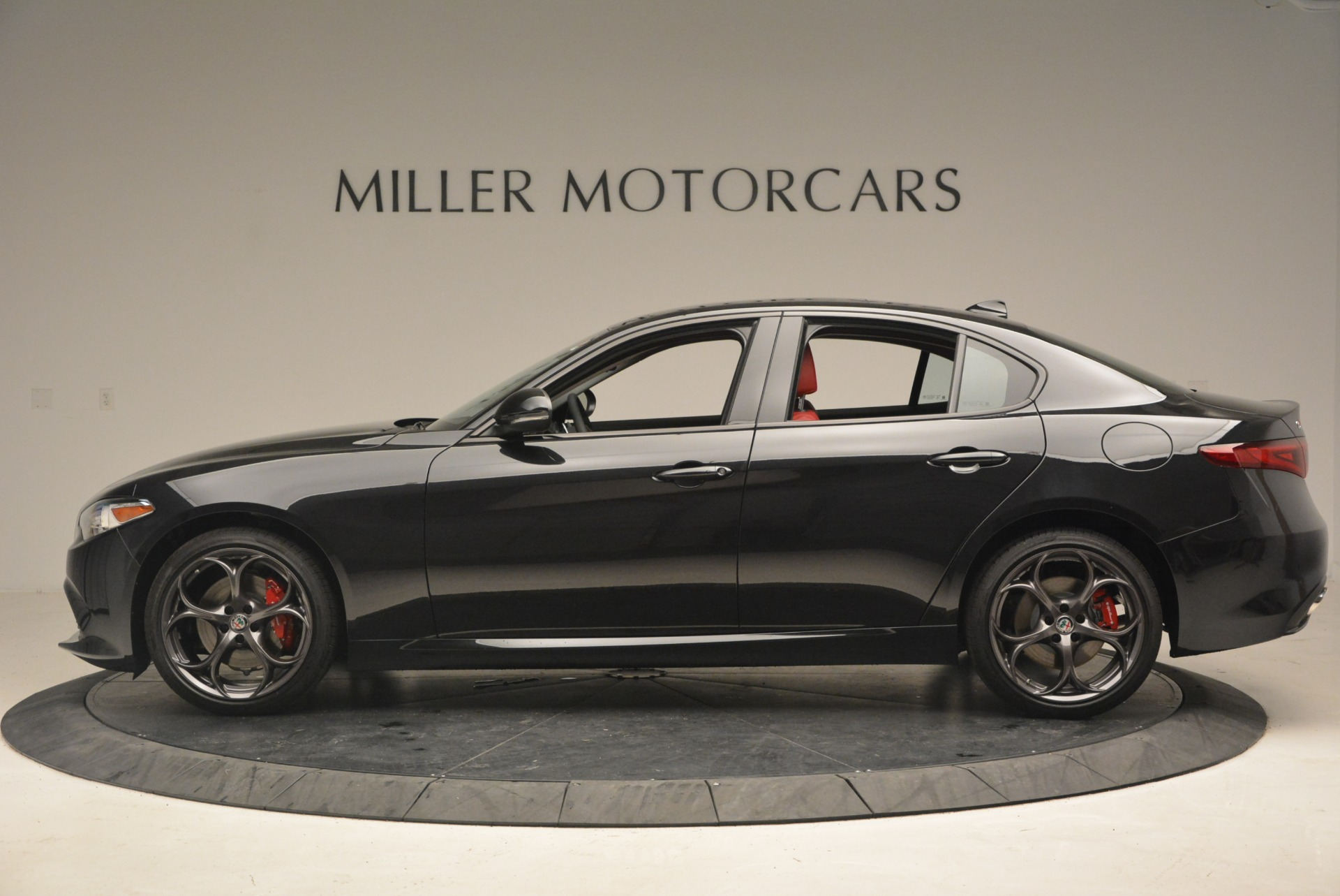 New 2018 Alfa Romeo Giulia Ti Sport Q4 For Sale In Greenwich, CT 2331_p3