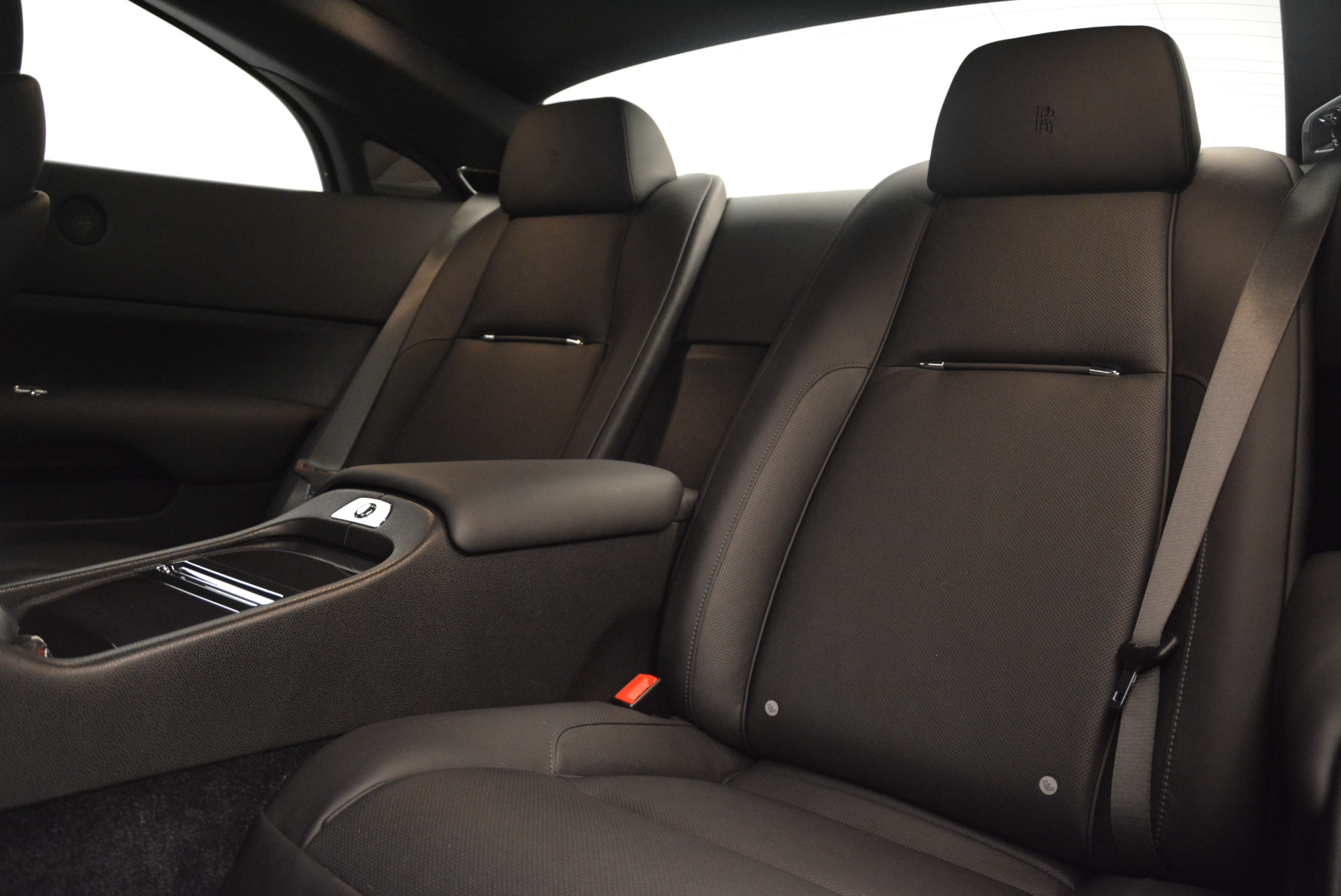 Used 2015 Rolls-Royce Wraith  For Sale In Greenwich, CT 2335_p18