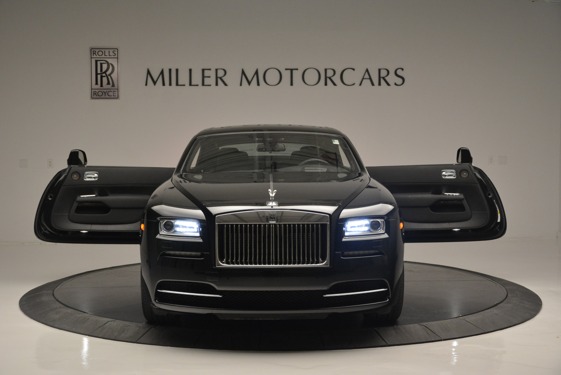 Used 2015 Rolls-Royce Wraith  For Sale In Greenwich, CT 2335_p9
