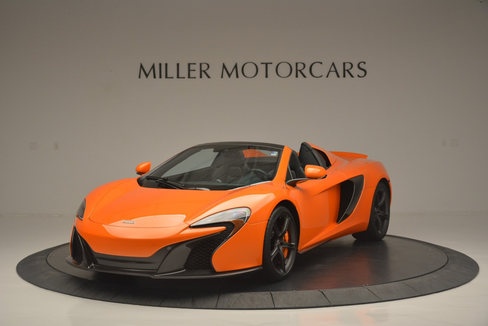 Used 2015 McLaren 650S Spider For Sale In Greenwich, CT 2338_main