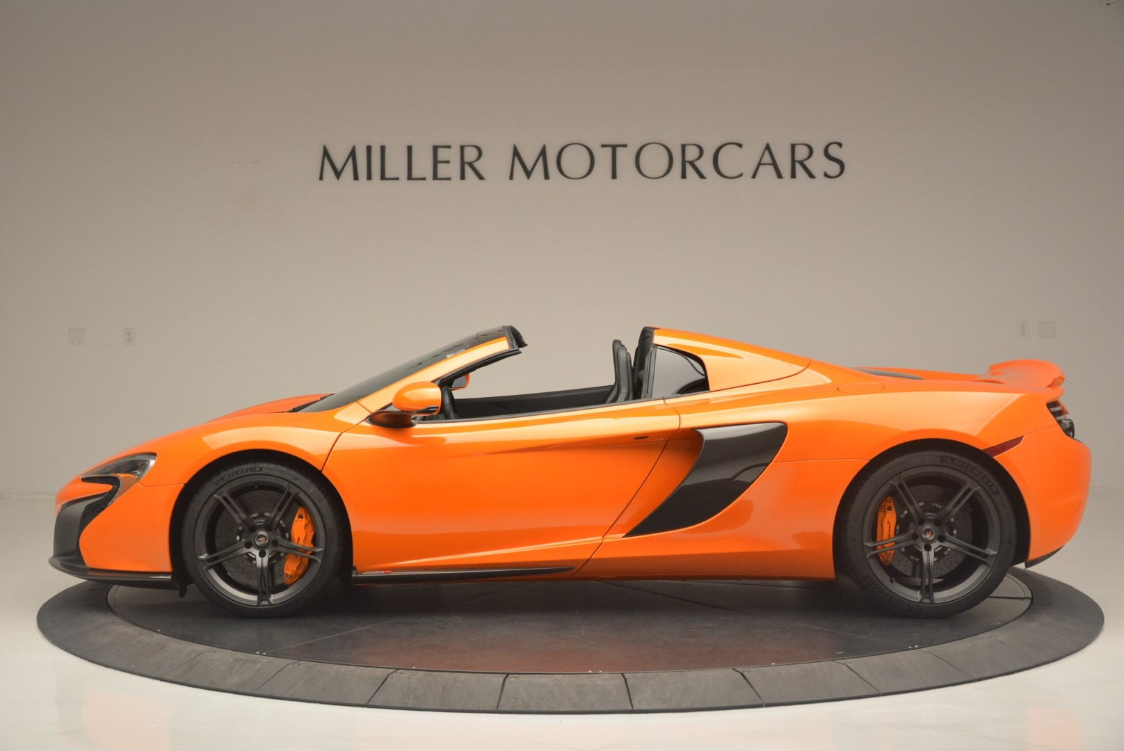Used 2015 McLaren 650S Spider For Sale In Greenwich, CT 2338_p3