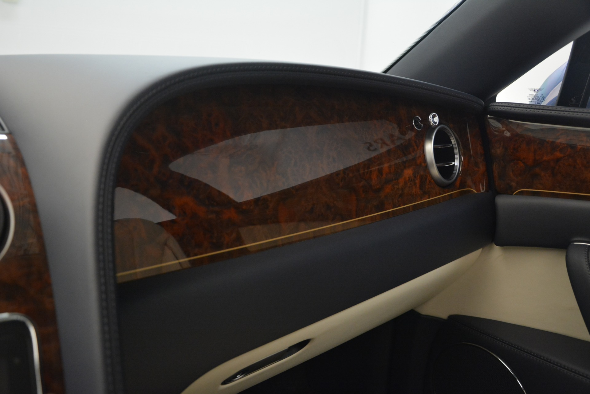 Used 2015 Bentley Flying Spur W12 For Sale In Greenwich, CT 2339_p24