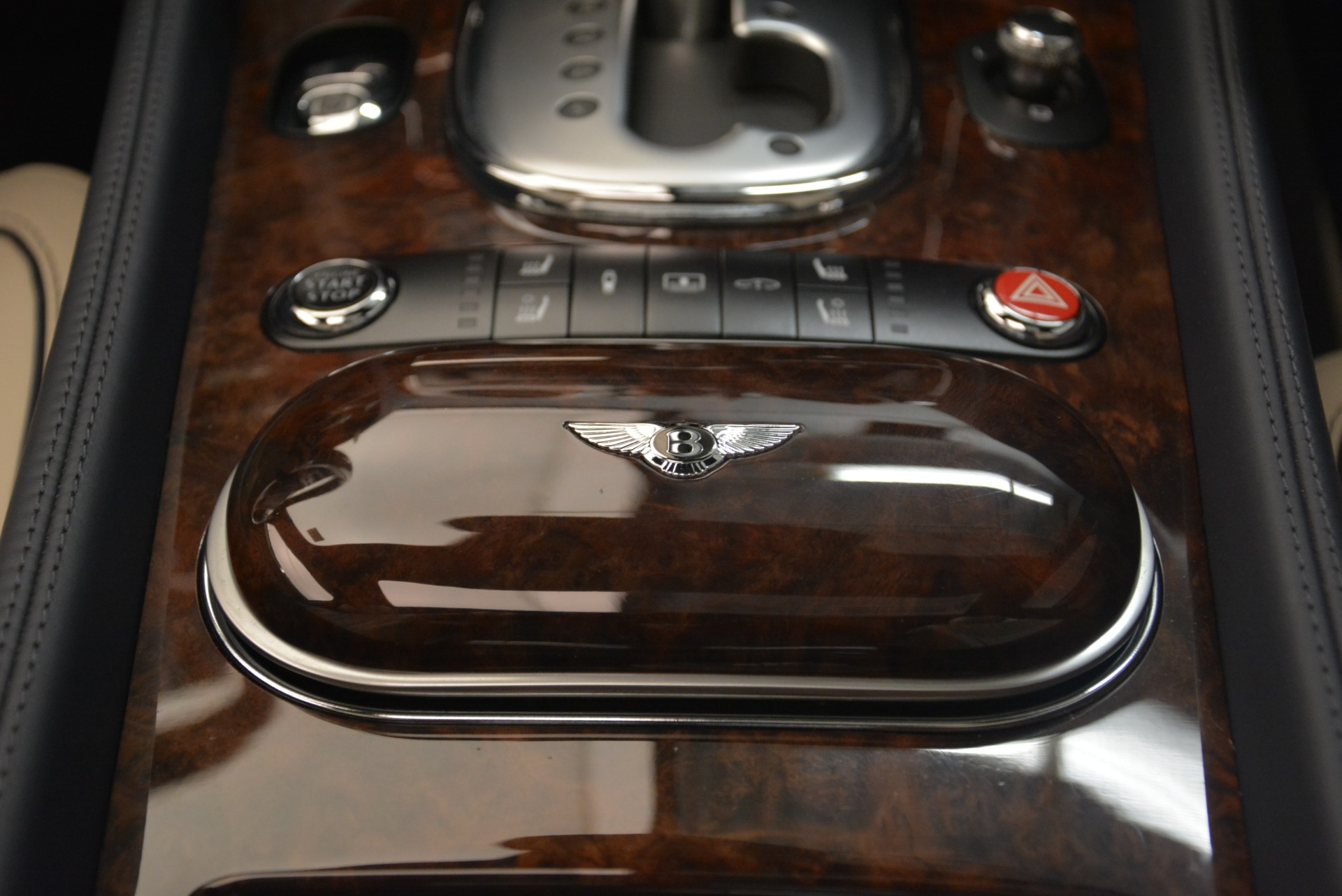 Used 2015 Bentley Flying Spur W12 For Sale In Greenwich, CT 2339_p30