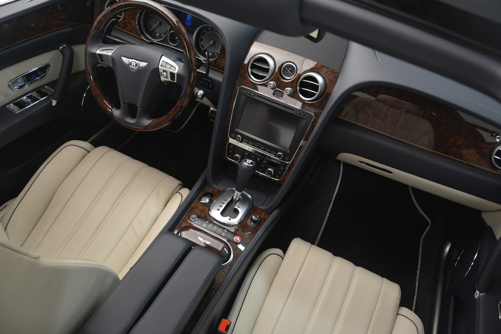 Used 2015 Bentley Flying Spur W12 For Sale In Greenwich, CT 2339_p31