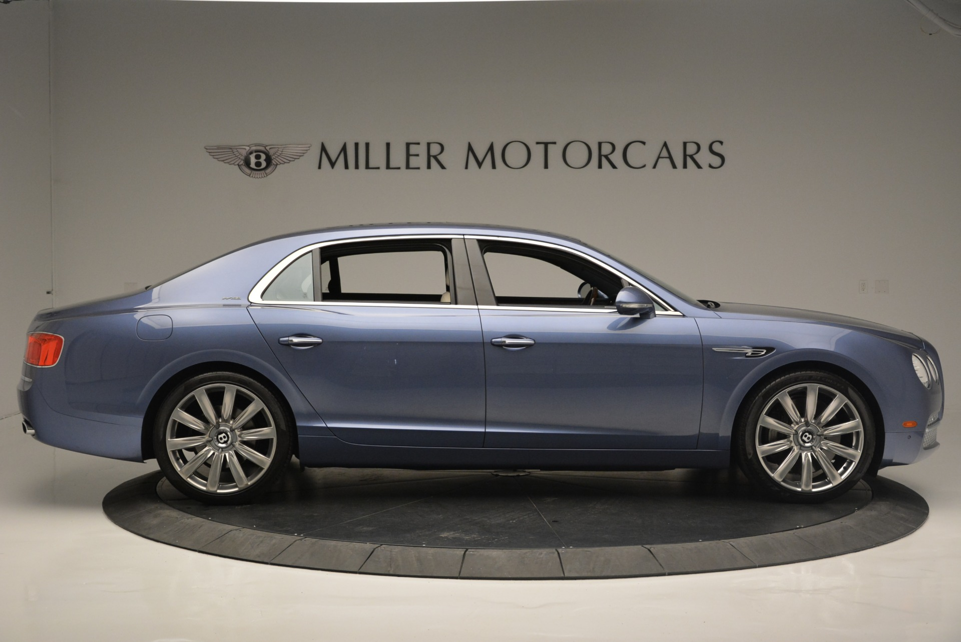 Used 2015 Bentley Flying Spur W12 For Sale In Greenwich, CT 2339_p9