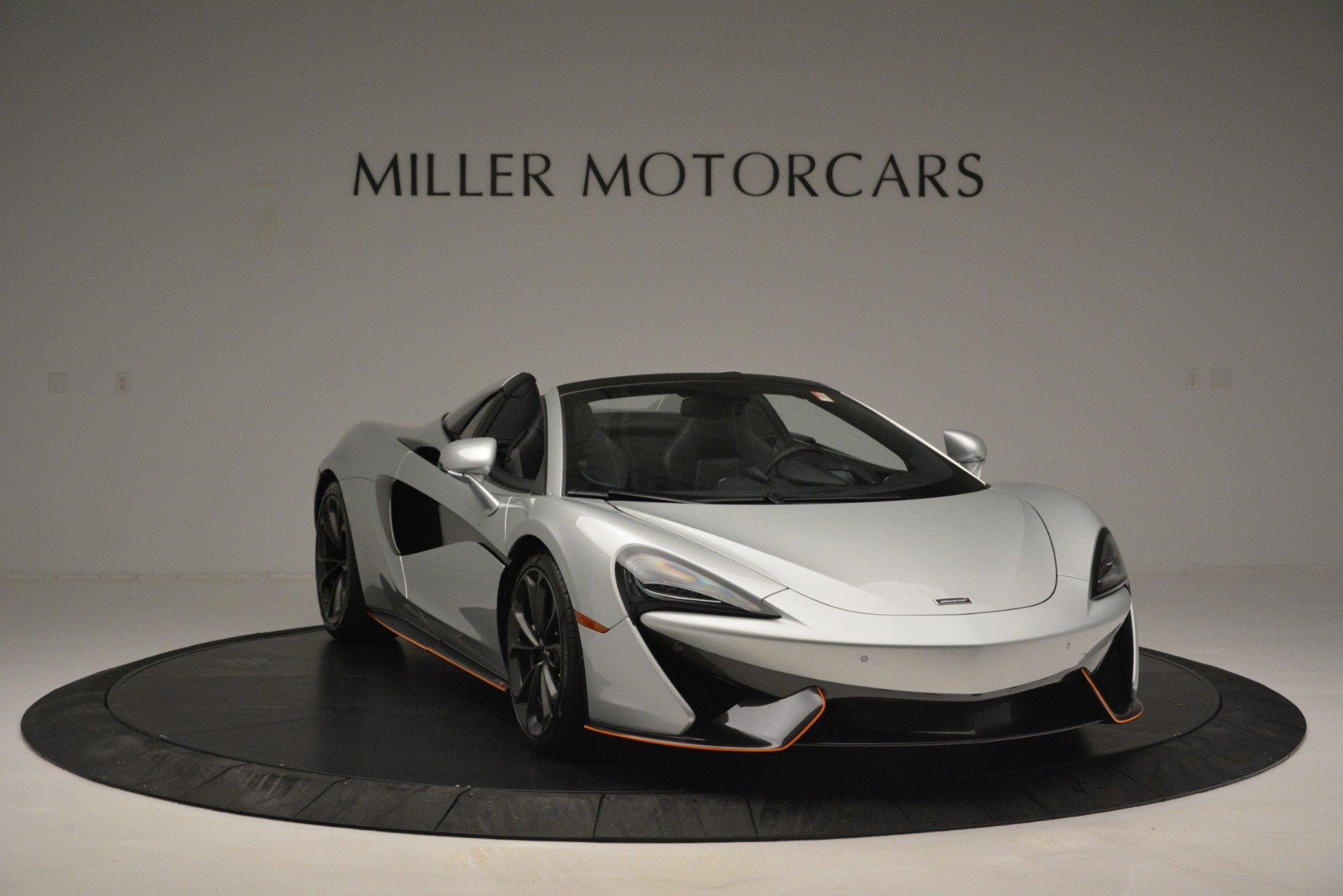 Used 2018 McLaren 570S Spider For Sale In Greenwich, CT 2340_p11