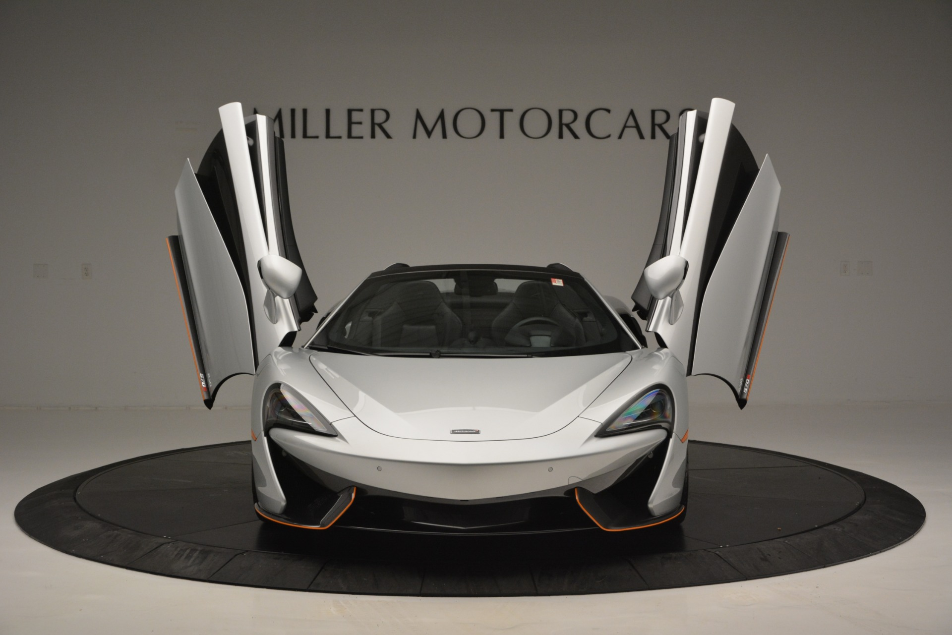 Used 2018 McLaren 570S Spider For Sale In Greenwich, CT 2340_p13