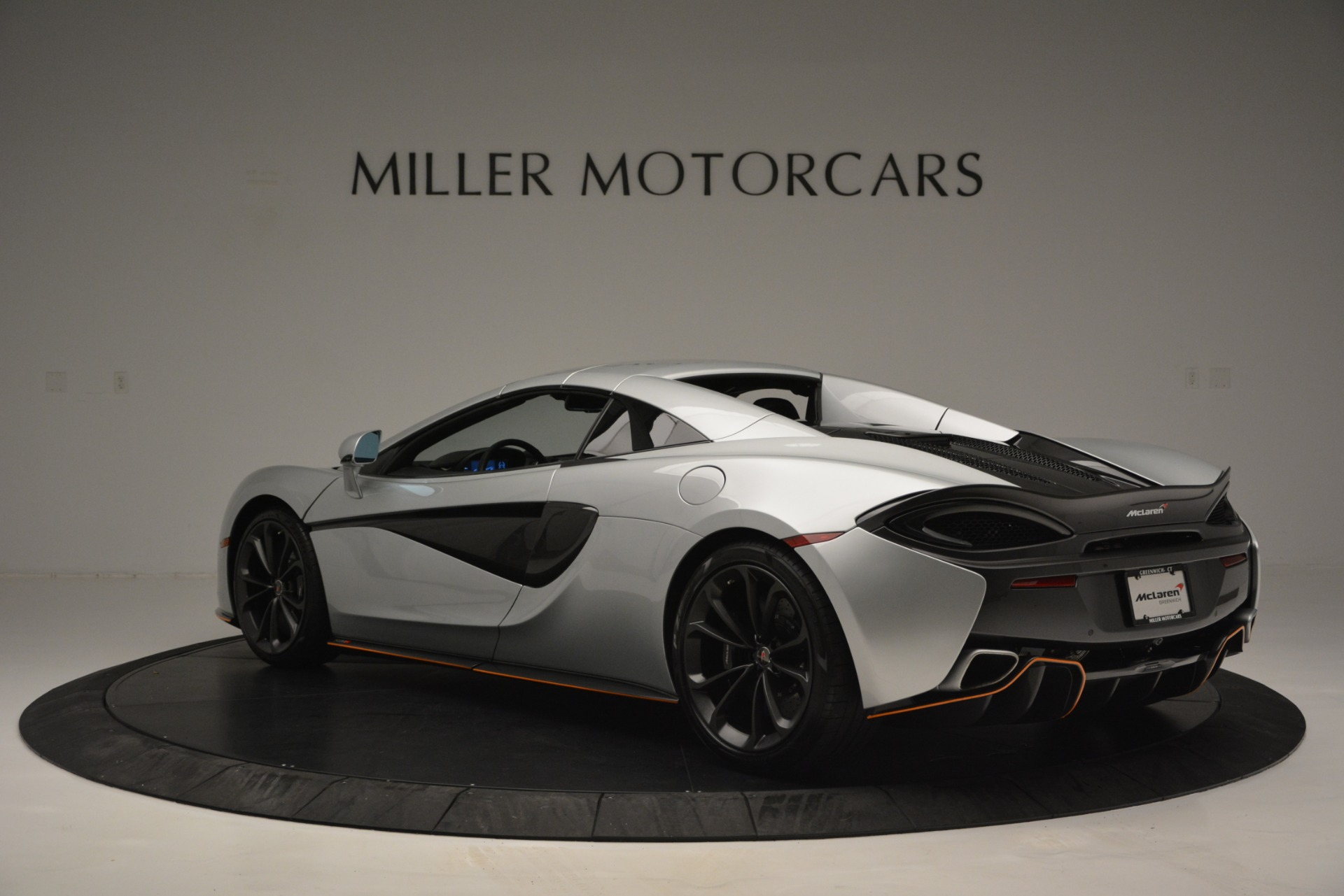 Used 2018 McLaren 570S Spider For Sale In Greenwich, CT 2340_p17