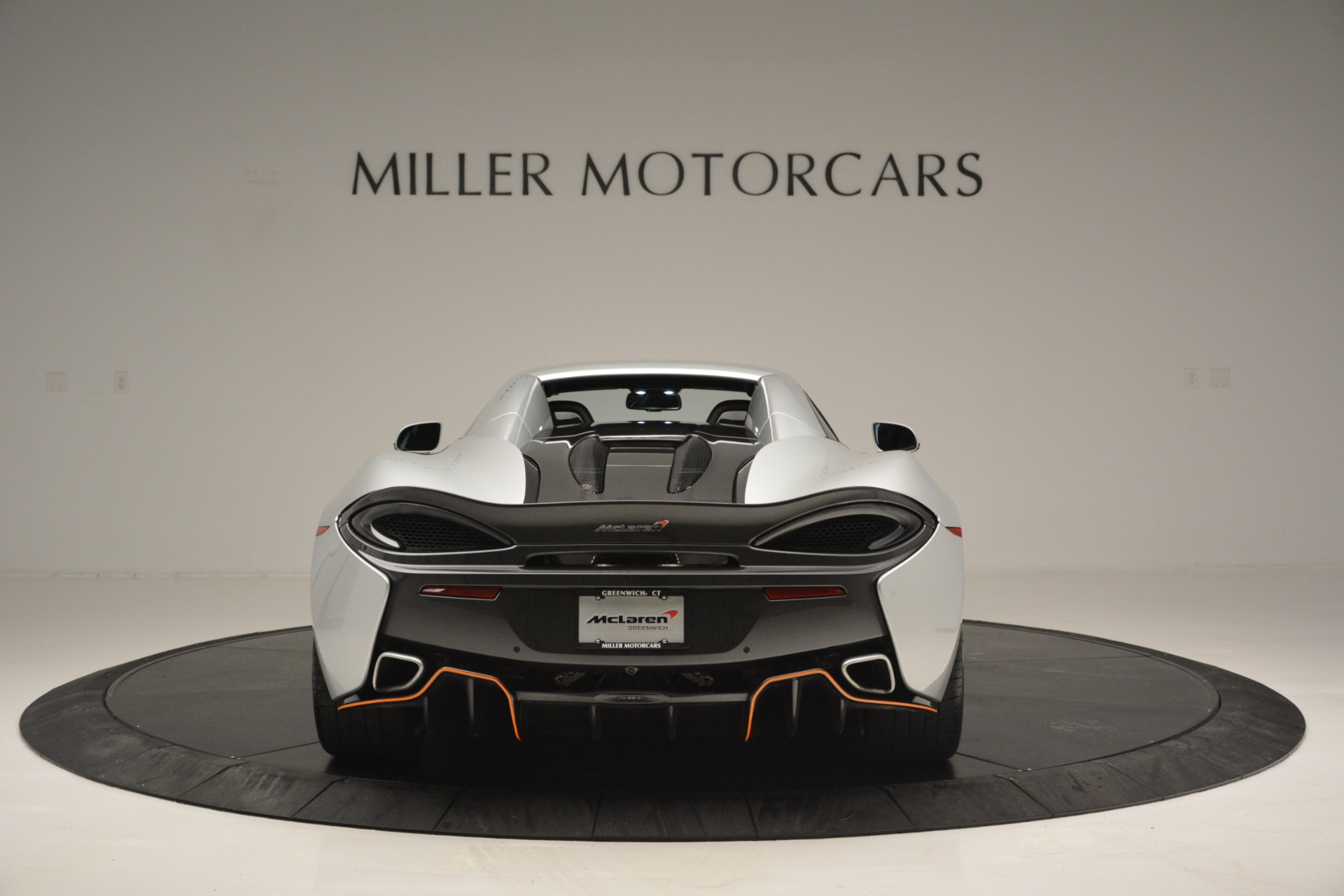Used 2018 McLaren 570S Spider For Sale In Greenwich, CT 2340_p18