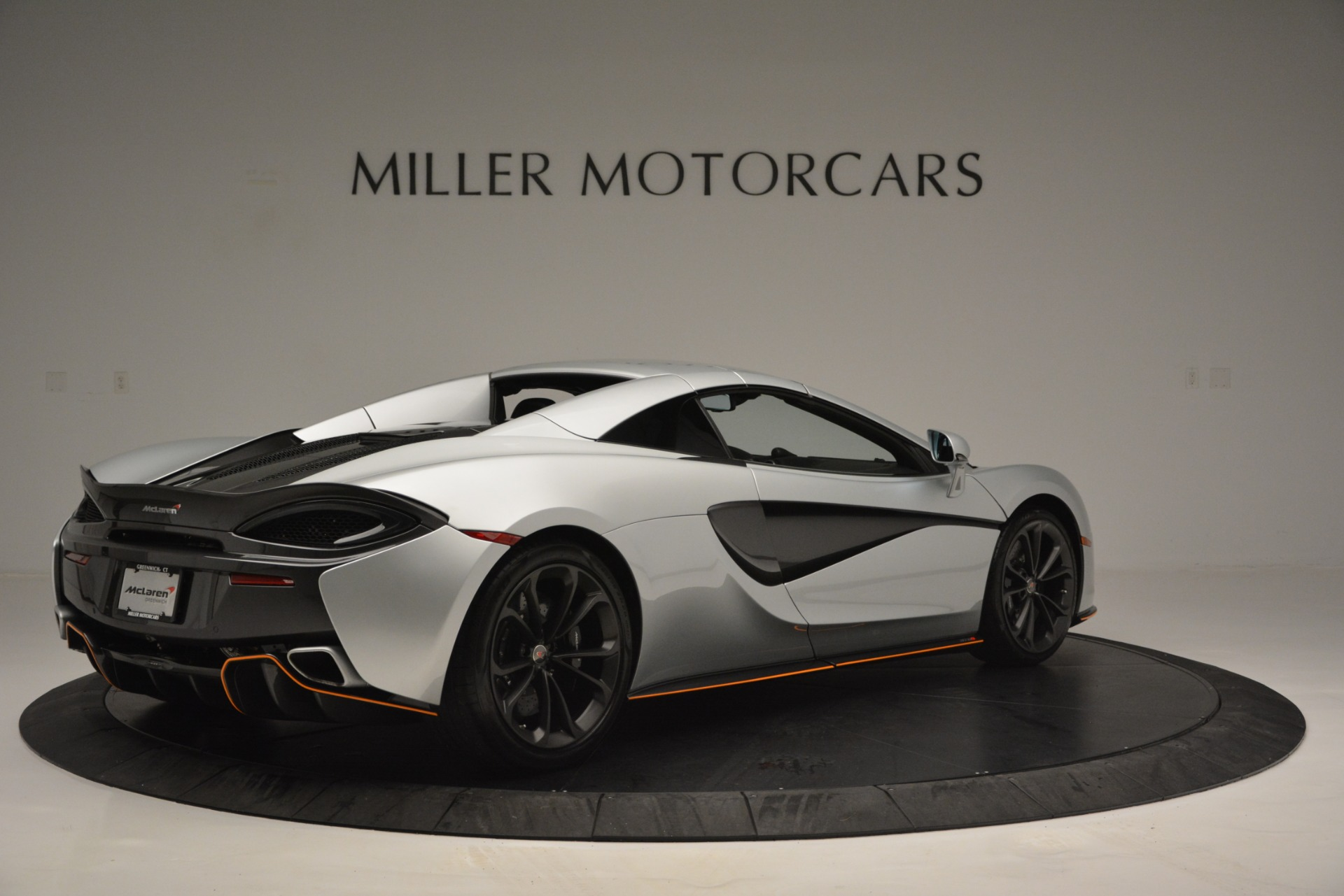 Used 2018 McLaren 570S Spider For Sale In Greenwich, CT 2340_p19
