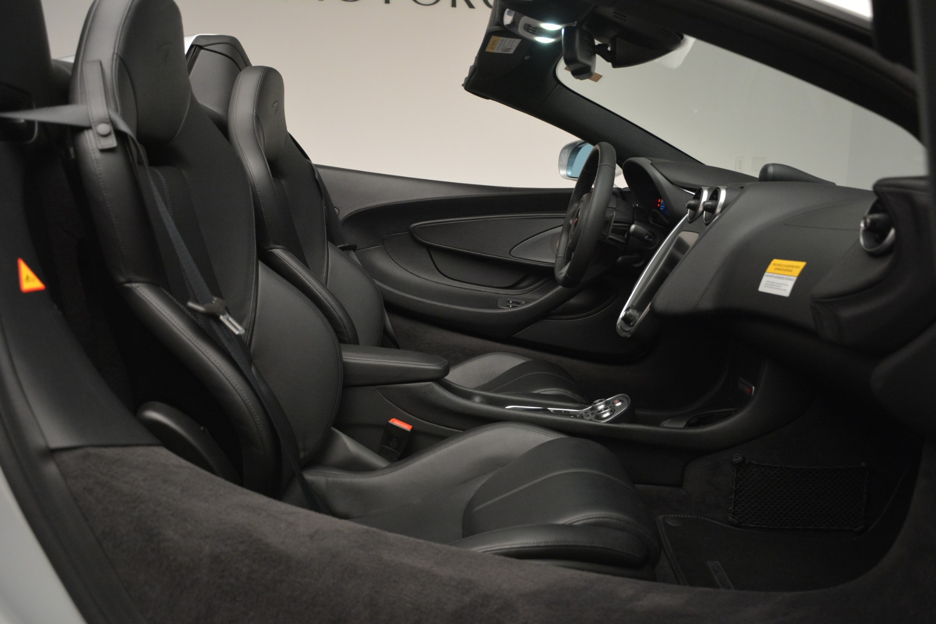 Used 2018 McLaren 570S Spider For Sale In Greenwich, CT 2340_p27