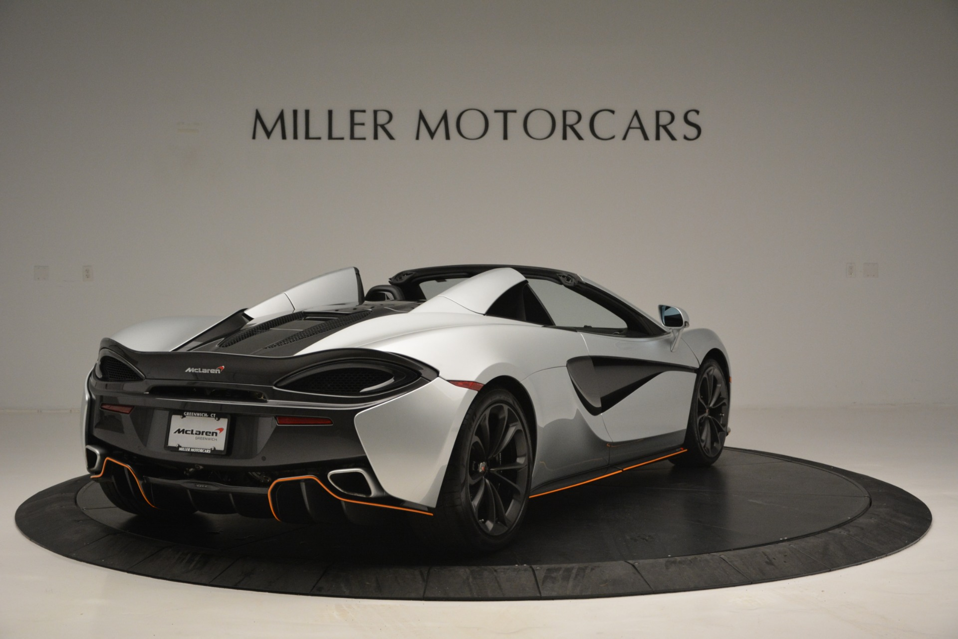 Used 2018 McLaren 570S Spider For Sale In Greenwich, CT 2340_p7