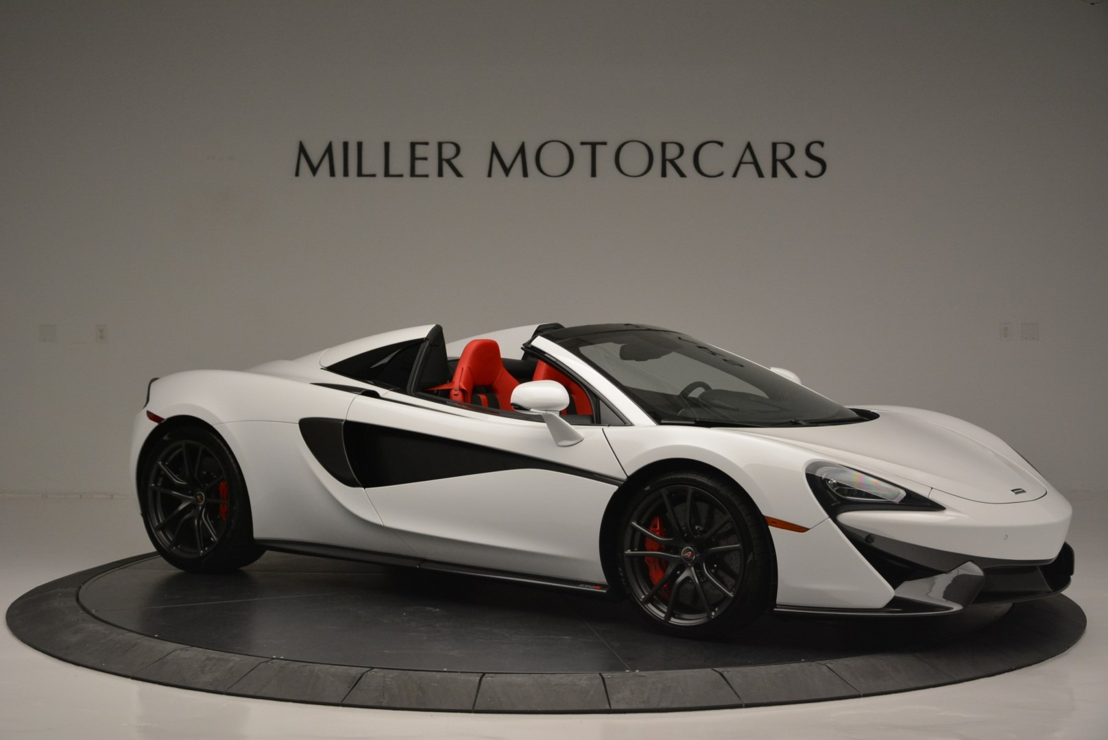 Used 2018 McLaren 570S Spider For Sale In Greenwich, CT 2341_p10