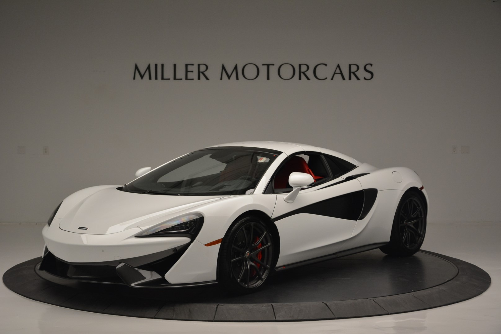 Used 2018 McLaren 570S Spider For Sale In Greenwich, CT 2341_p14