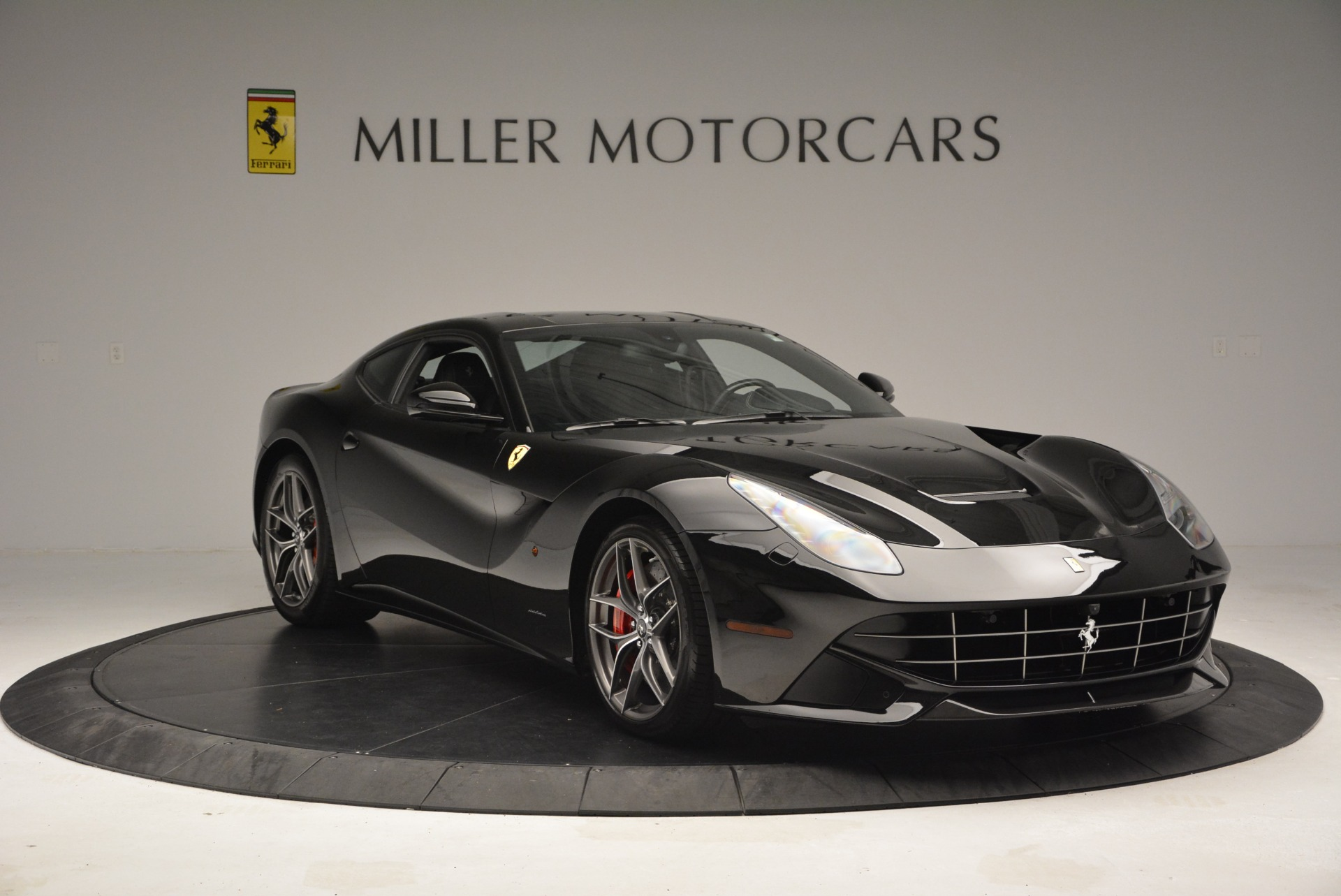Used 2014 Ferrari F12 Berlinetta  For Sale In Greenwich, CT 2358_p11