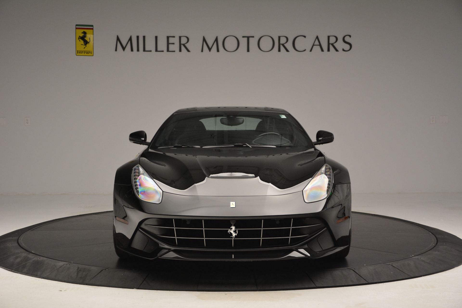 Used 2014 Ferrari F12 Berlinetta  For Sale In Greenwich, CT 2358_p12