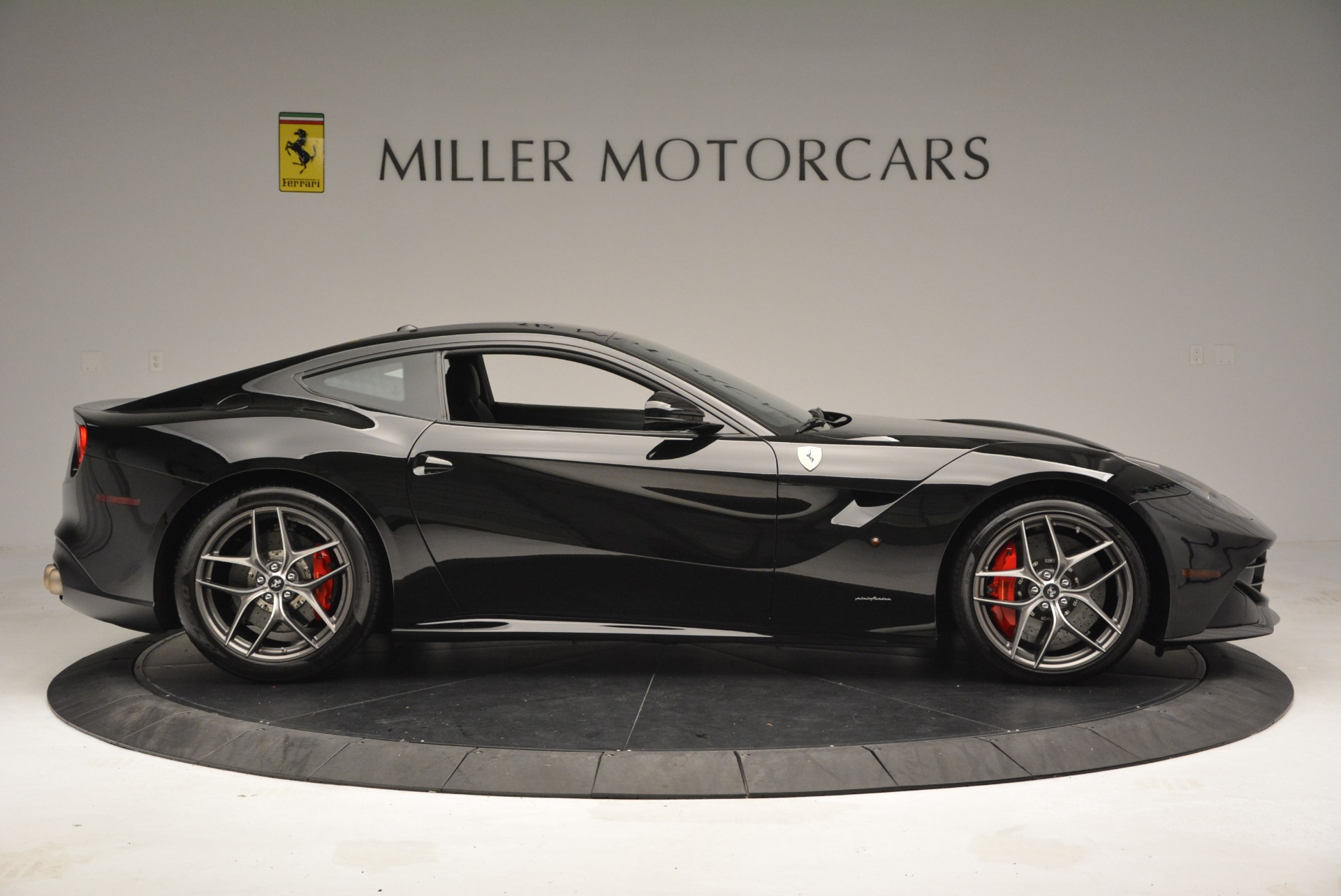 Used 2014 Ferrari F12 Berlinetta  For Sale In Greenwich, CT 2358_p9