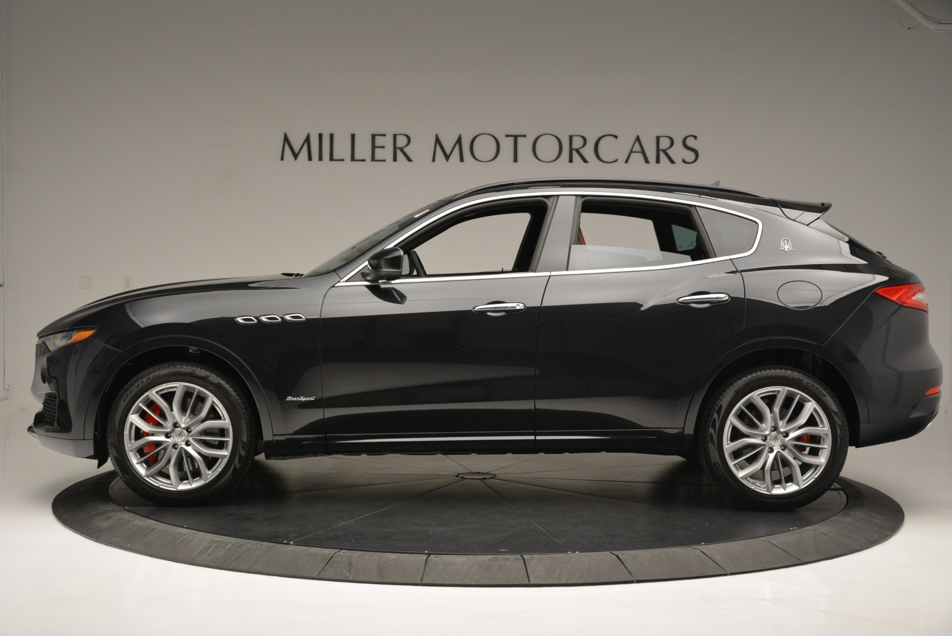 New 2018 Maserati Levante S Q4 GranSport For Sale In Greenwich, CT 2362_p3