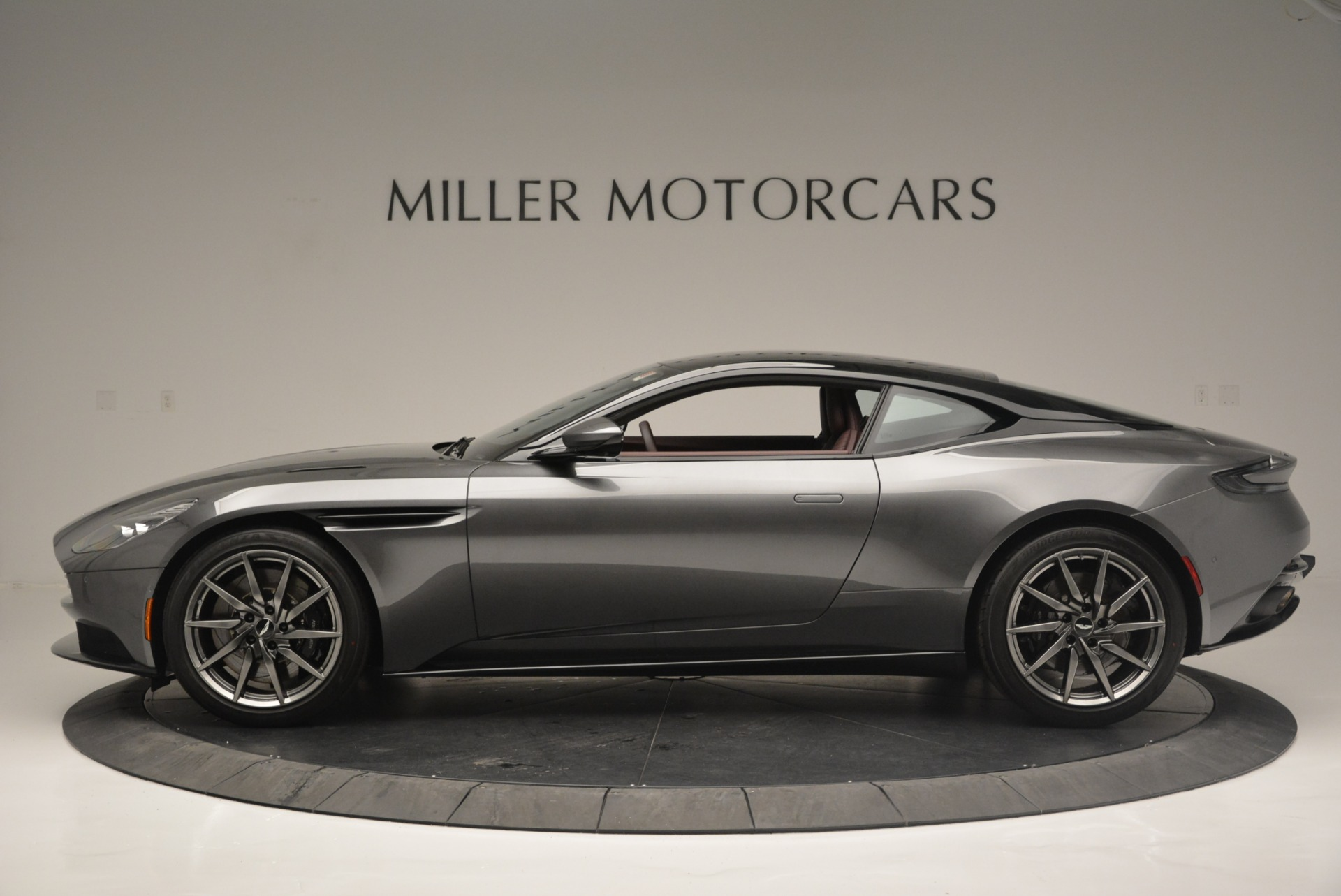 New 2018 Aston Martin DB11 V12 Coupe For Sale In Greenwich, CT 2364_p3
