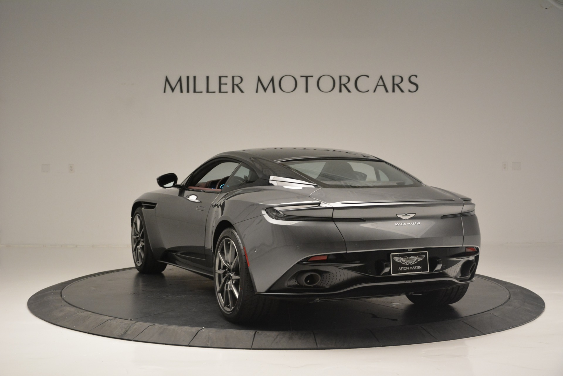 New 2018 Aston Martin DB11 V12 Coupe For Sale In Greenwich, CT 2364_p5