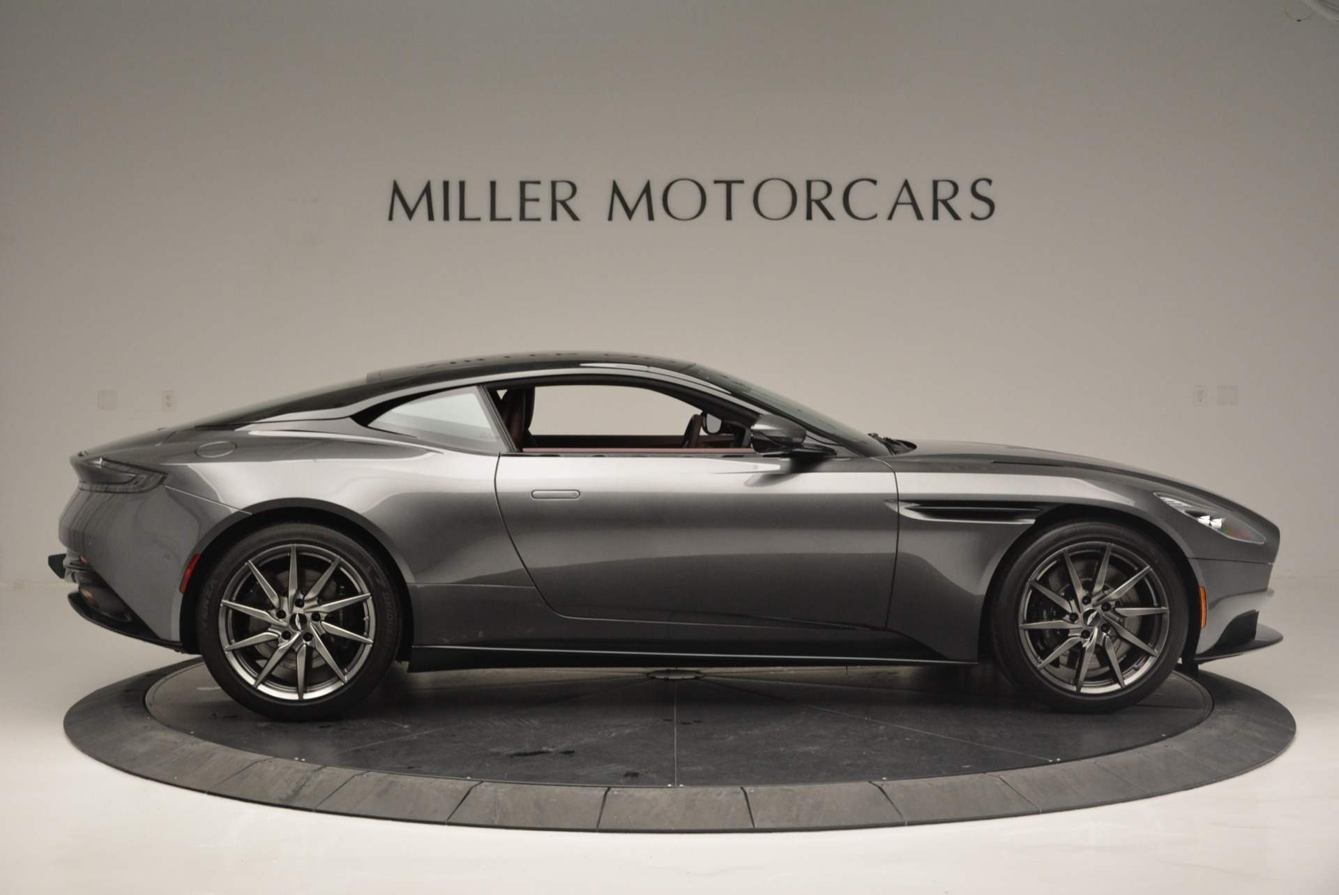 New 2018 Aston Martin DB11 V12 Coupe For Sale In Greenwich, CT 2364_p9