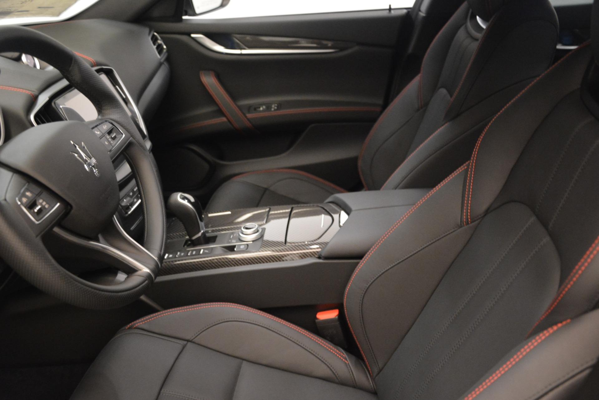 New 2018 Maserati Ghibli SQ4 GranSport Nerissimo For Sale In Greenwich, CT 2368_p14