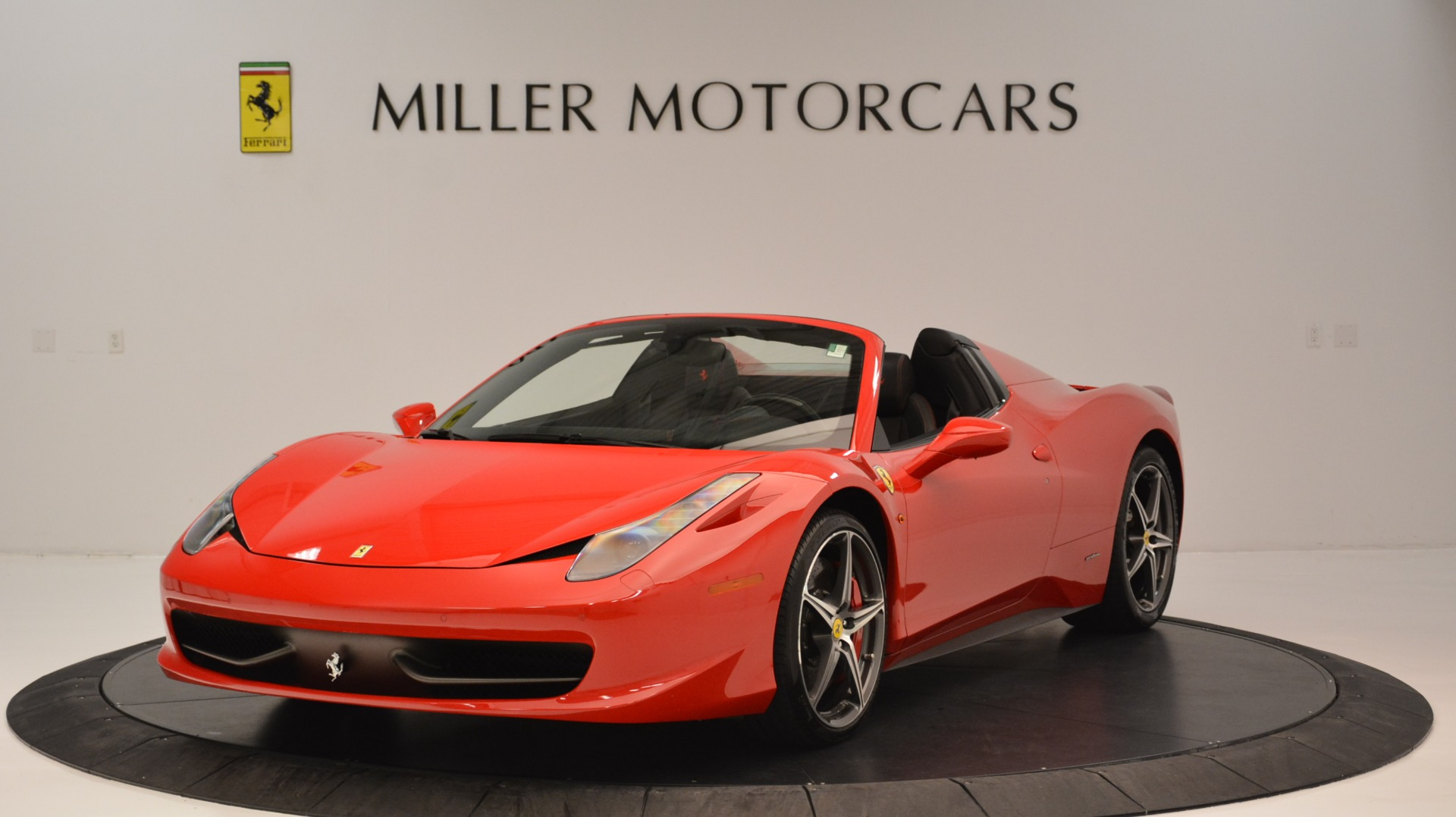 Used 2015 Ferrari 458 Spider  For Sale In Greenwich, CT 2369_main