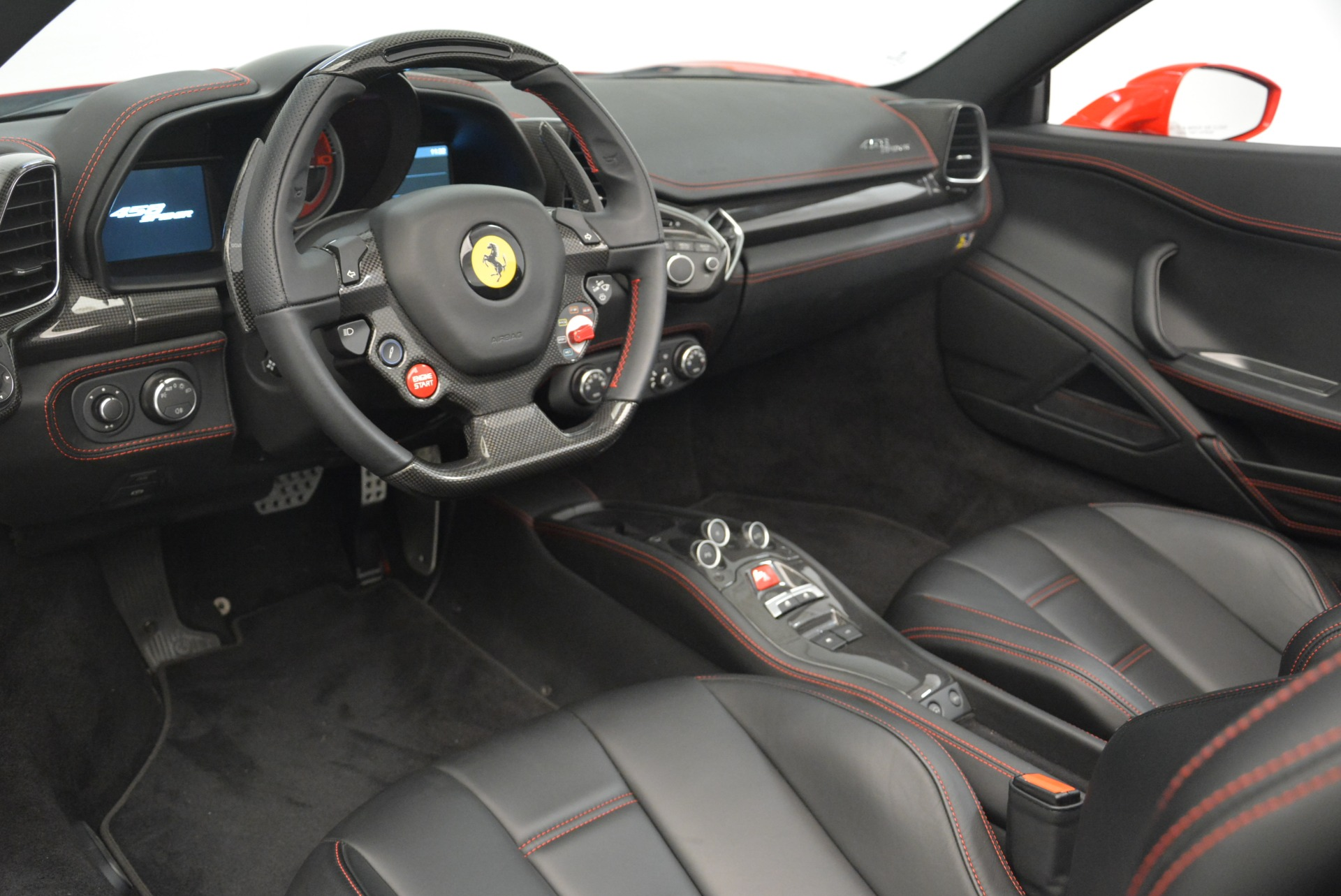 Used 2015 Ferrari 458 Spider  For Sale In Greenwich, CT 2369_p26