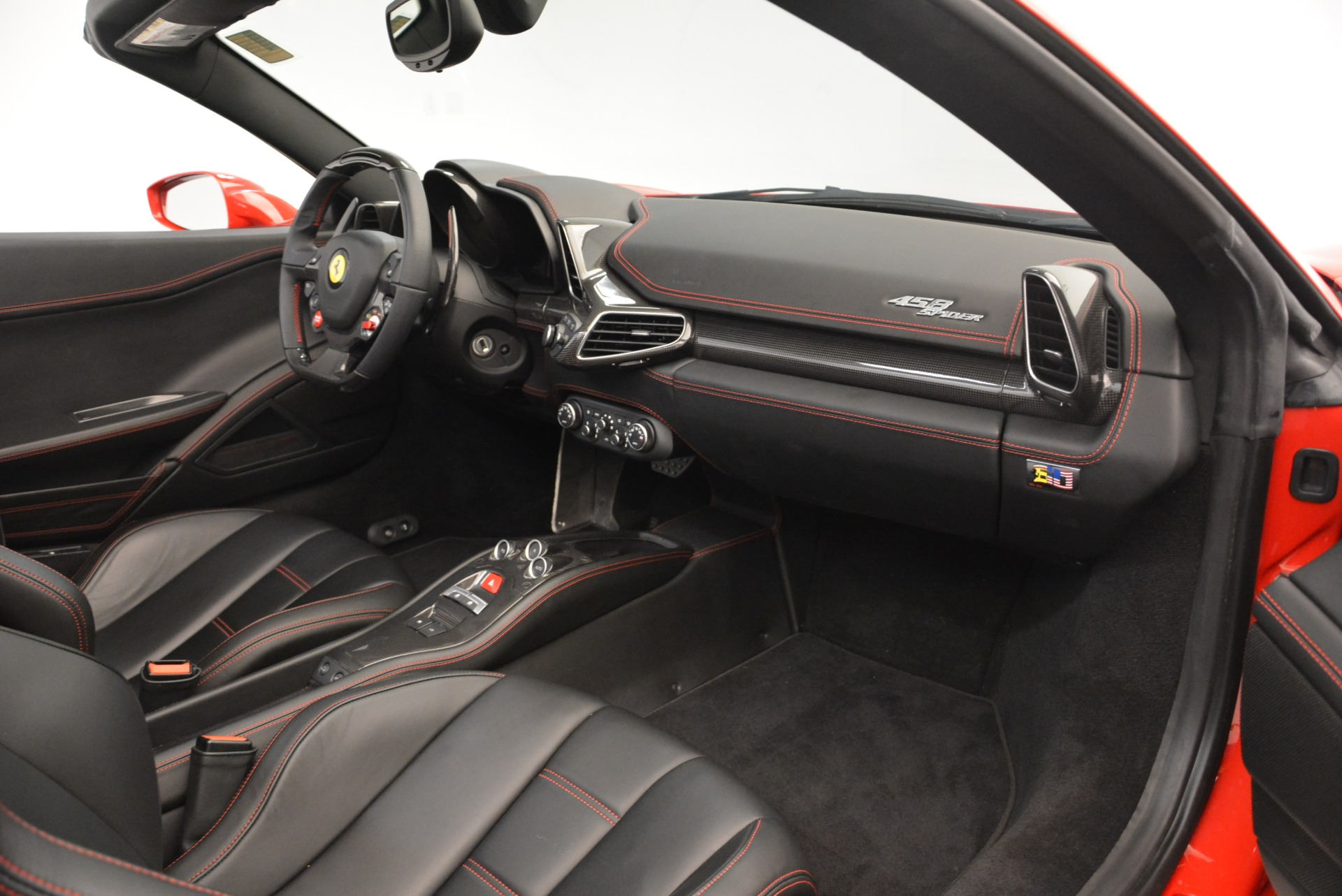Used 2015 Ferrari 458 Spider  For Sale In Greenwich, CT 2369_p30
