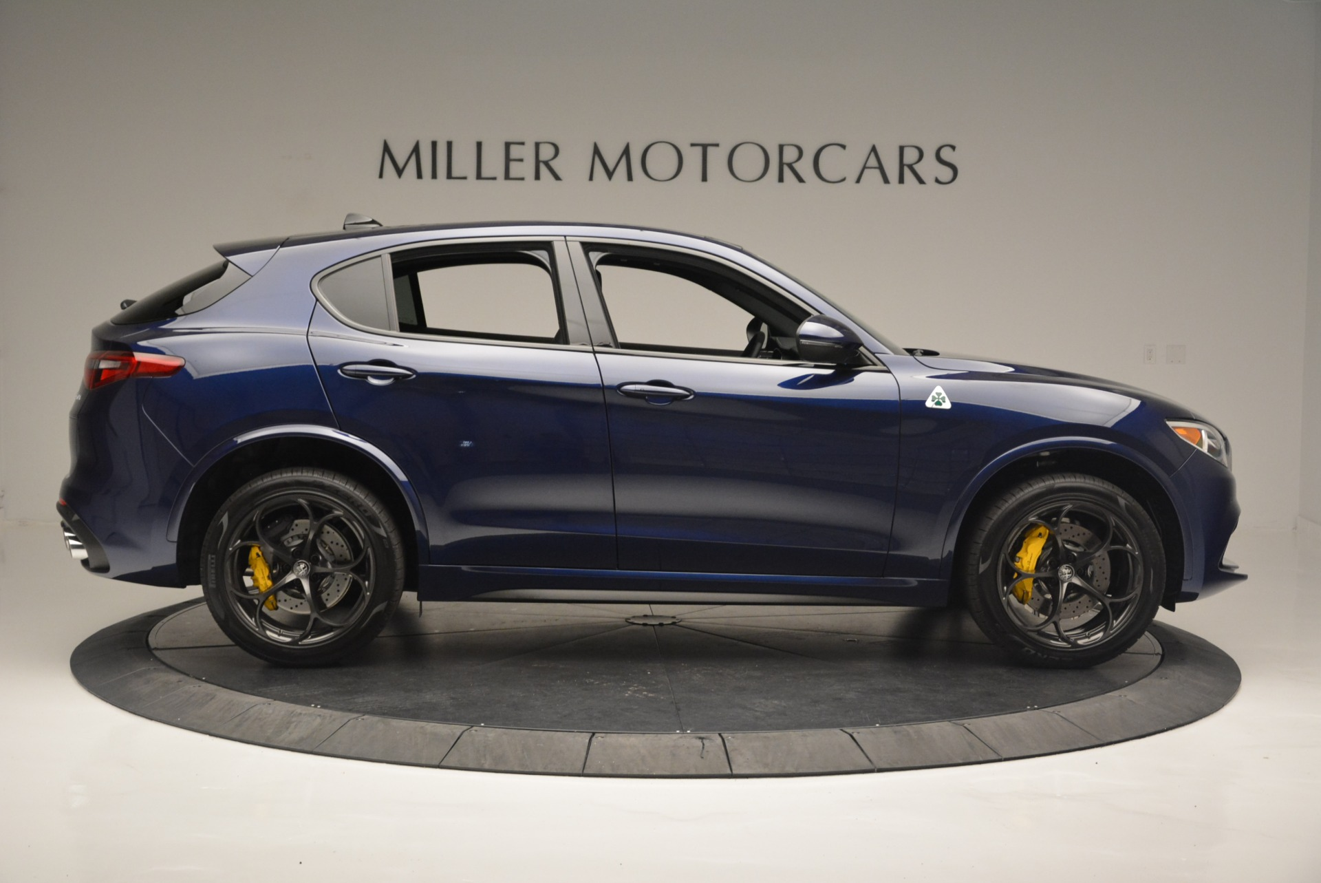 New 2018 Alfa Romeo Stelvio Quadrifoglio For Sale In Greenwich, CT 2371_p9