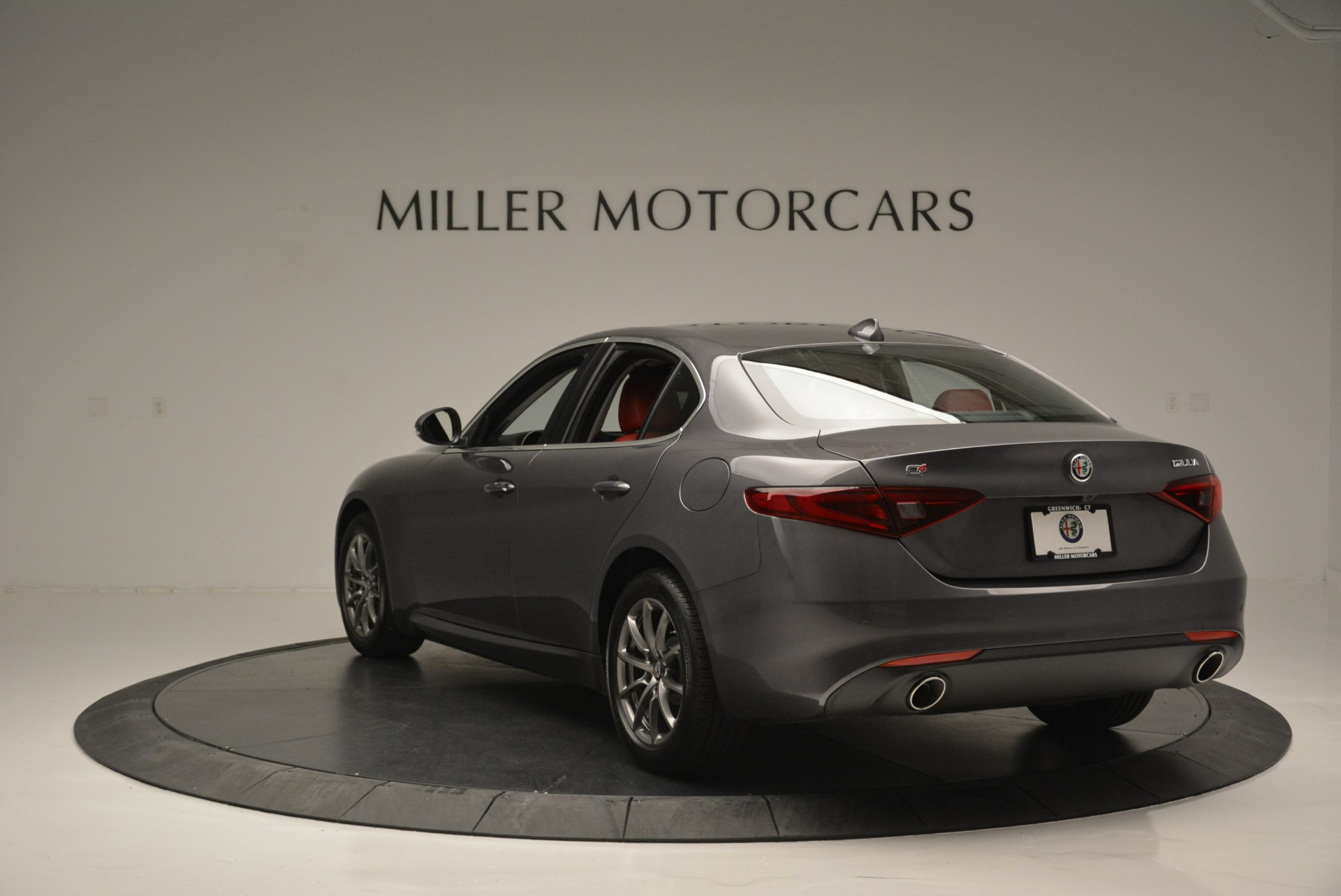 New 2018 Alfa Romeo Giulia Q4 For Sale In Greenwich, CT 2383_p7